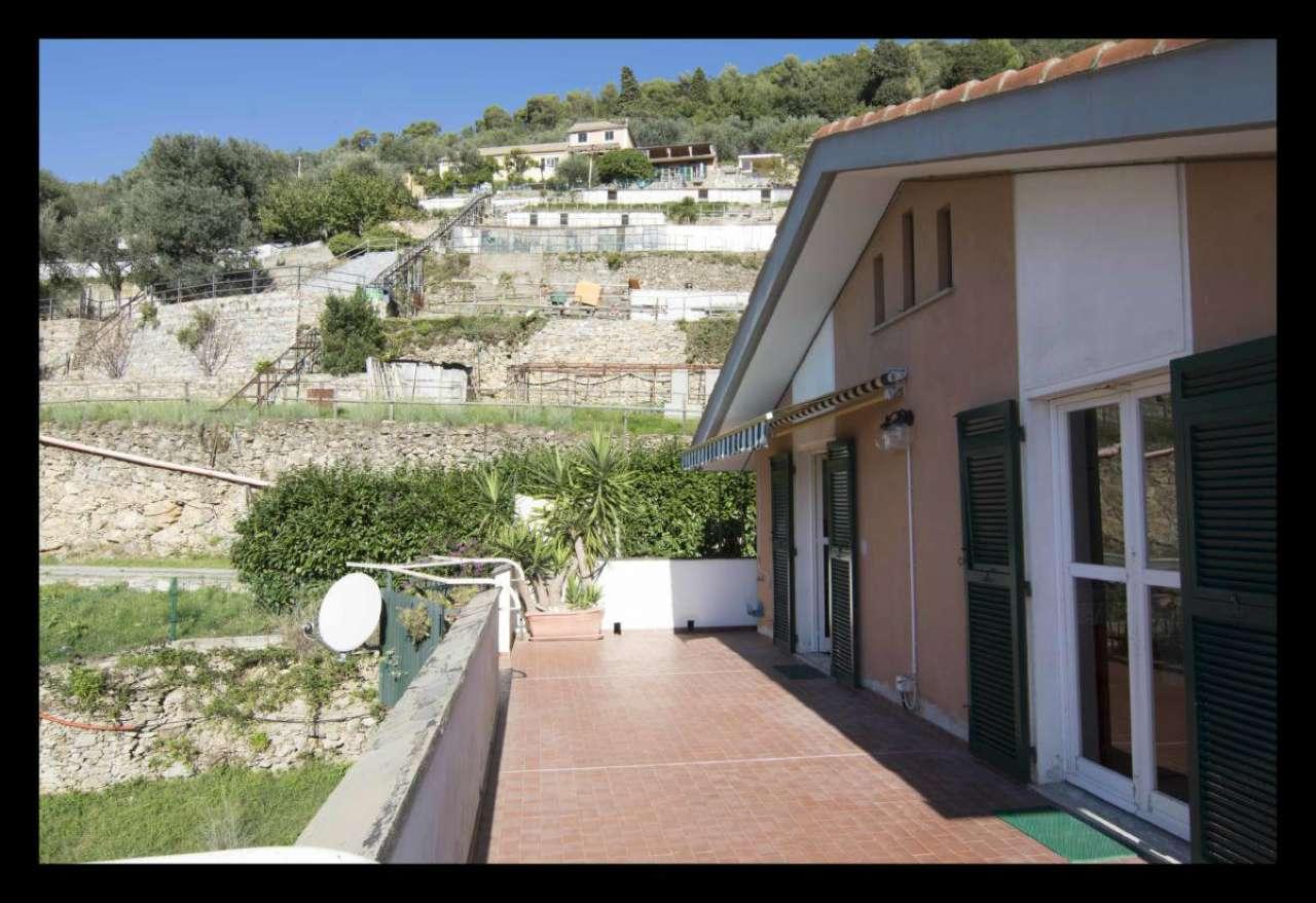 Appartamento in affitto a Bogliasco, 7 locali, prezzo € 950 | CambioCasa.it