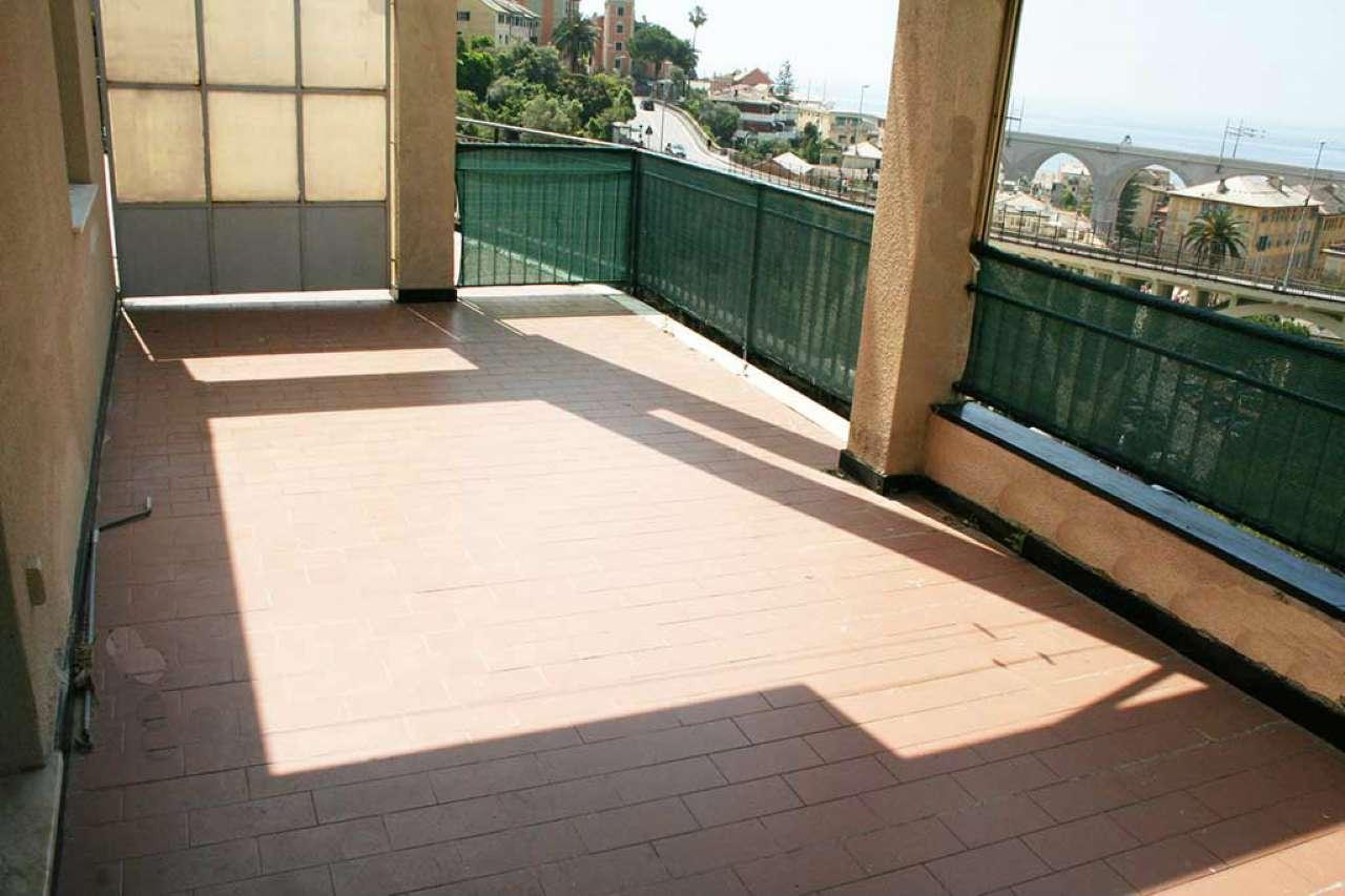 Attico / Mansarda in affitto a Bogliasco, 6 locali, prezzo € 800 | CambioCasa.it