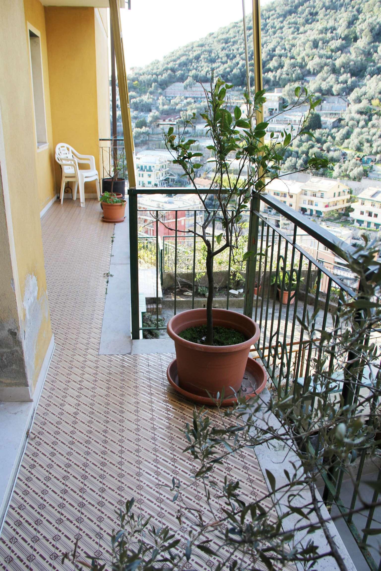 Appartamento in vendita a Bogliasco, 7 locali, prezzo € 310.000   CambioCasa.it