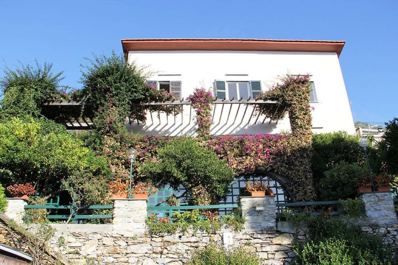 Villa in vendita a Sori, 10 locali, Trattative riservate   PortaleAgenzieImmobiliari.it
