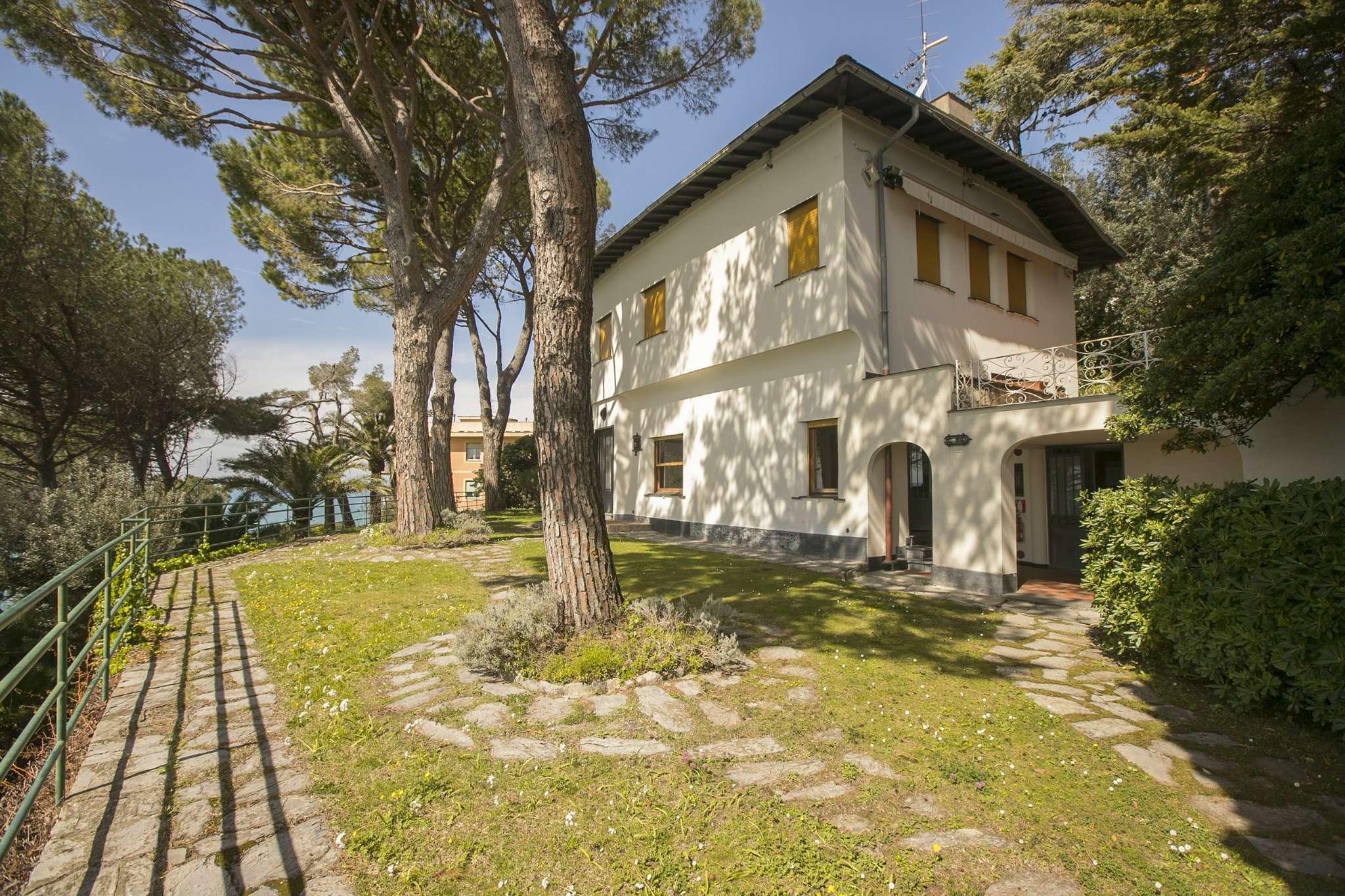 Villa in vendita a Bogliasco, 9999 locali, Trattative riservate | CambioCasa.it