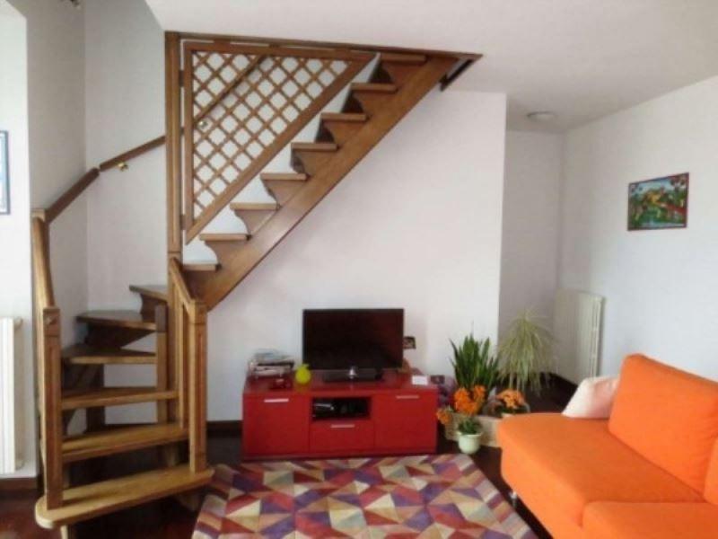 Appartamento in vendita a Malnate, 4 locali, prezzo € 230.000 | CambioCasa.it