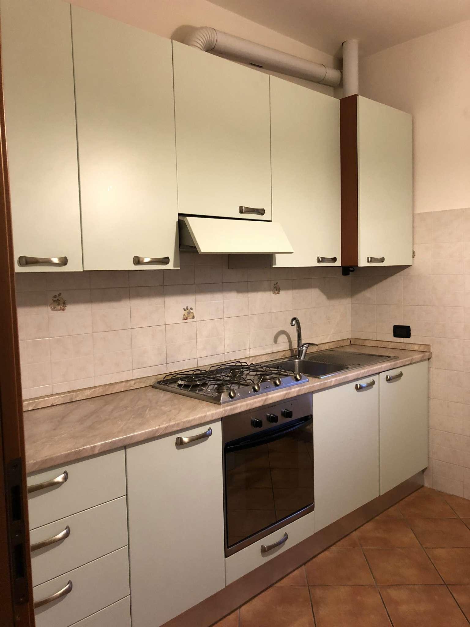 Appartamento in affitto a Binago, 2 locali, prezzo € 650 | CambioCasa.it