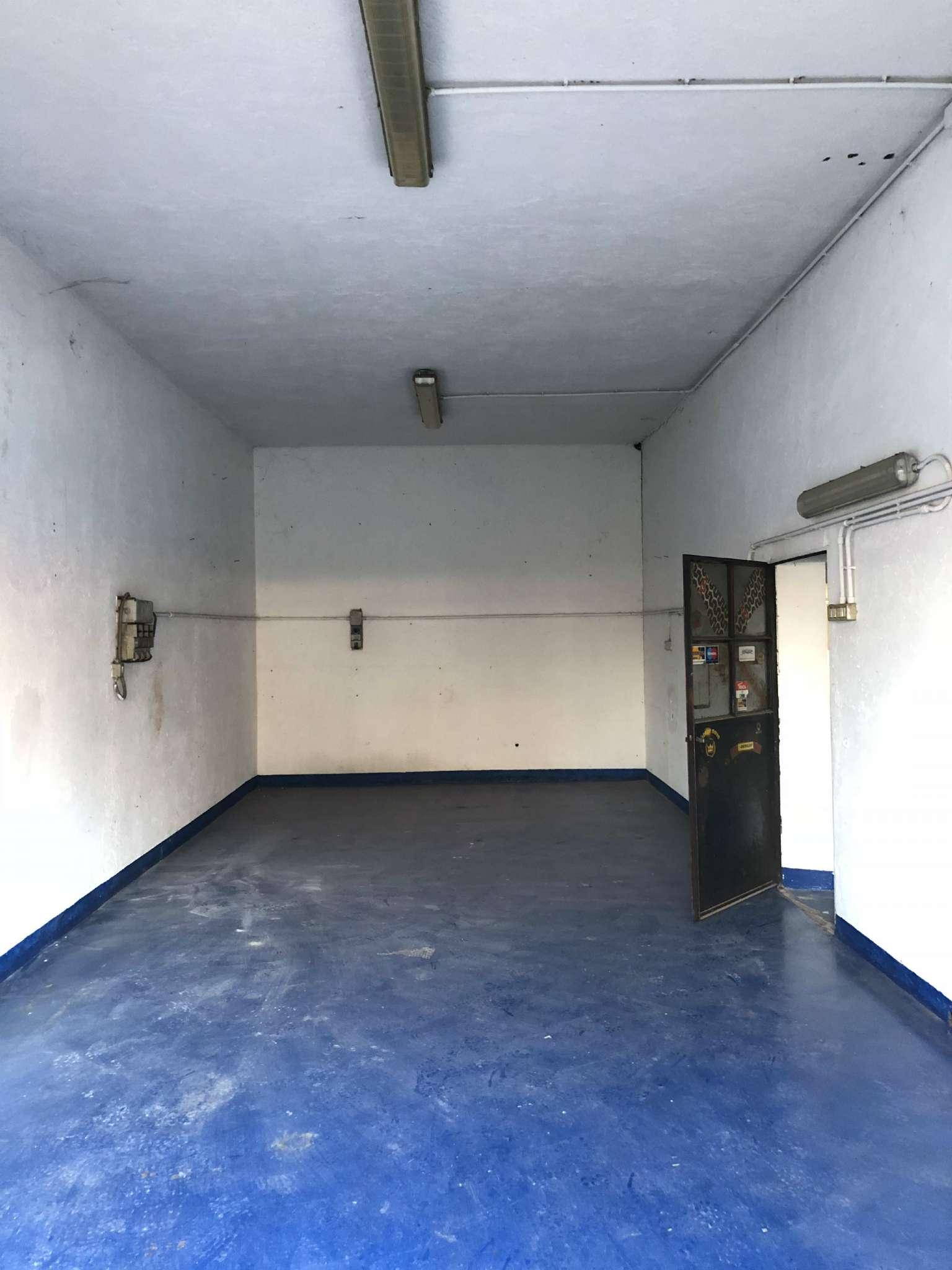 Laboratorio in affitto a Malnate, 1 locali, prezzo € 500   CambioCasa.it