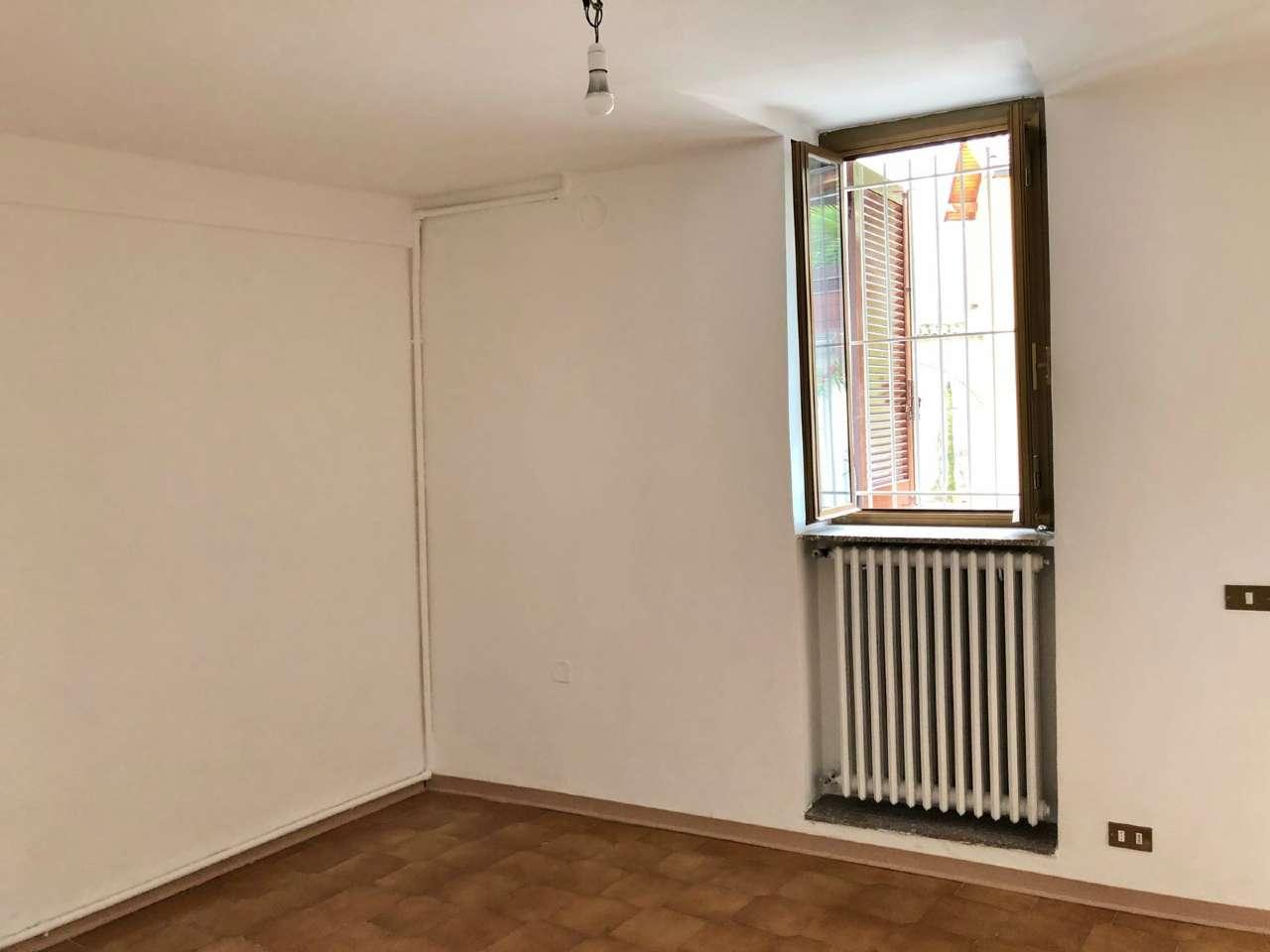 Palazzo / Stabile in vendita a Malnate, 3 locali, prezzo € 58.000 | CambioCasa.it