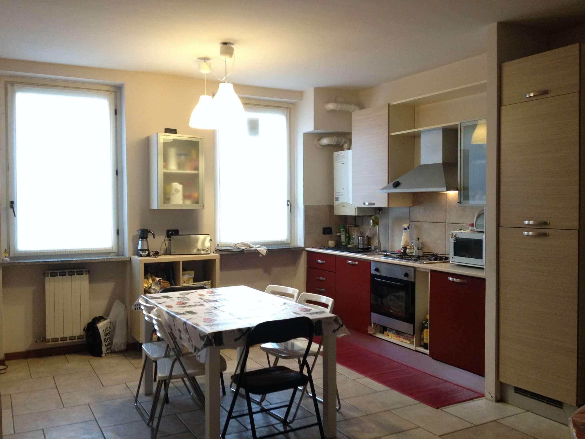 Appartamento in affitto a Malnate, 2 locali, prezzo € 500 | CambioCasa.it