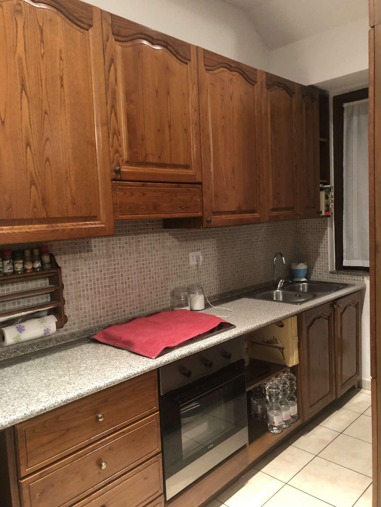 Appartamento in affitto a Vedano Olona, 3 locali, prezzo € 550 | CambioCasa.it