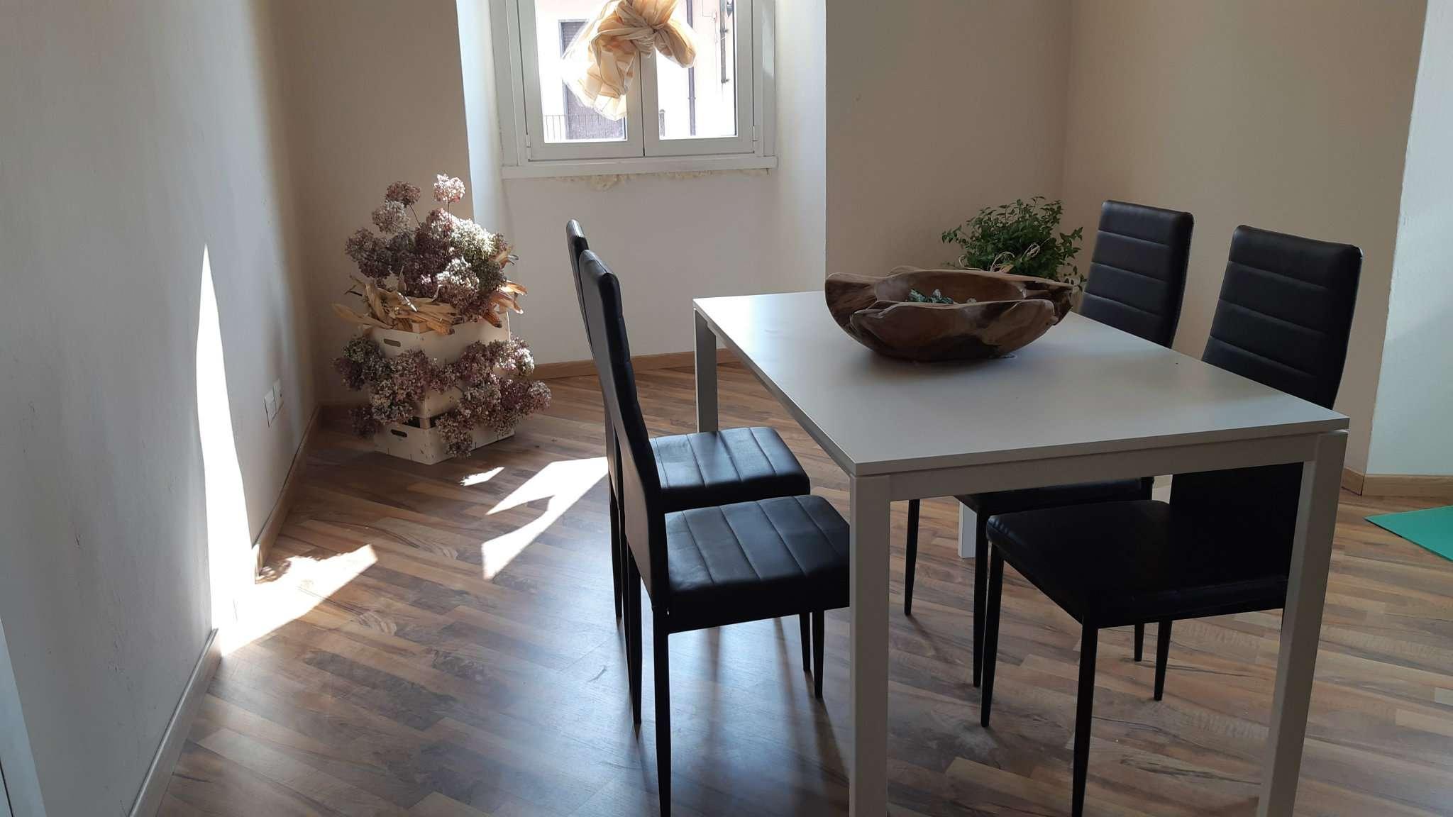 Appartamento in affitto a Solbiate, 2 locali, prezzo € 500   CambioCasa.it