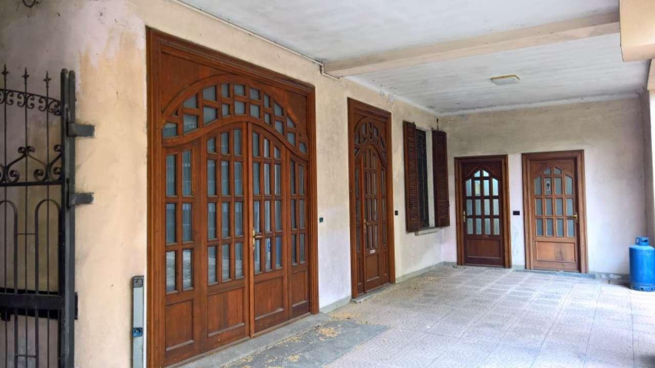 appartamento di 4 locali con ufficio  in vendita a Cabiate (CO)