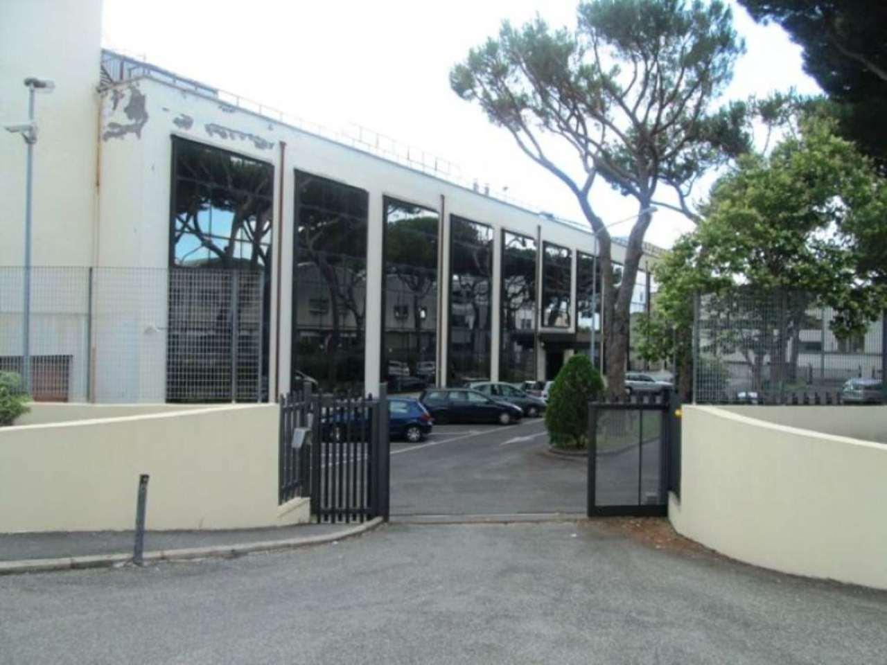 Magazzino roma affitto 170 zona 30 prati borgo san for Affitto ufficio roma zona prati