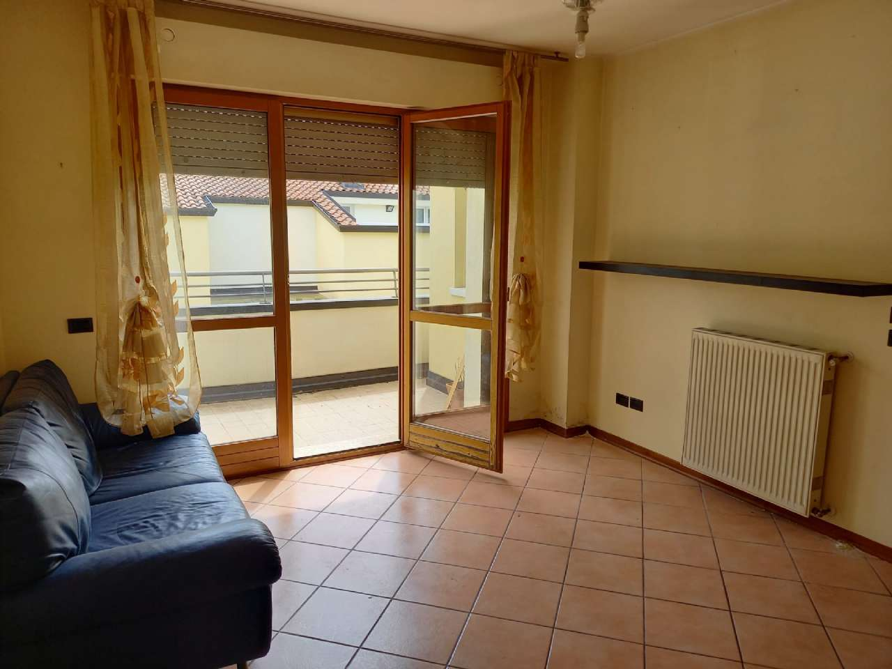 Appartamento in vendita a Monte San Pietro, 4 locali, prezzo € 160.000 | PortaleAgenzieImmobiliari.it