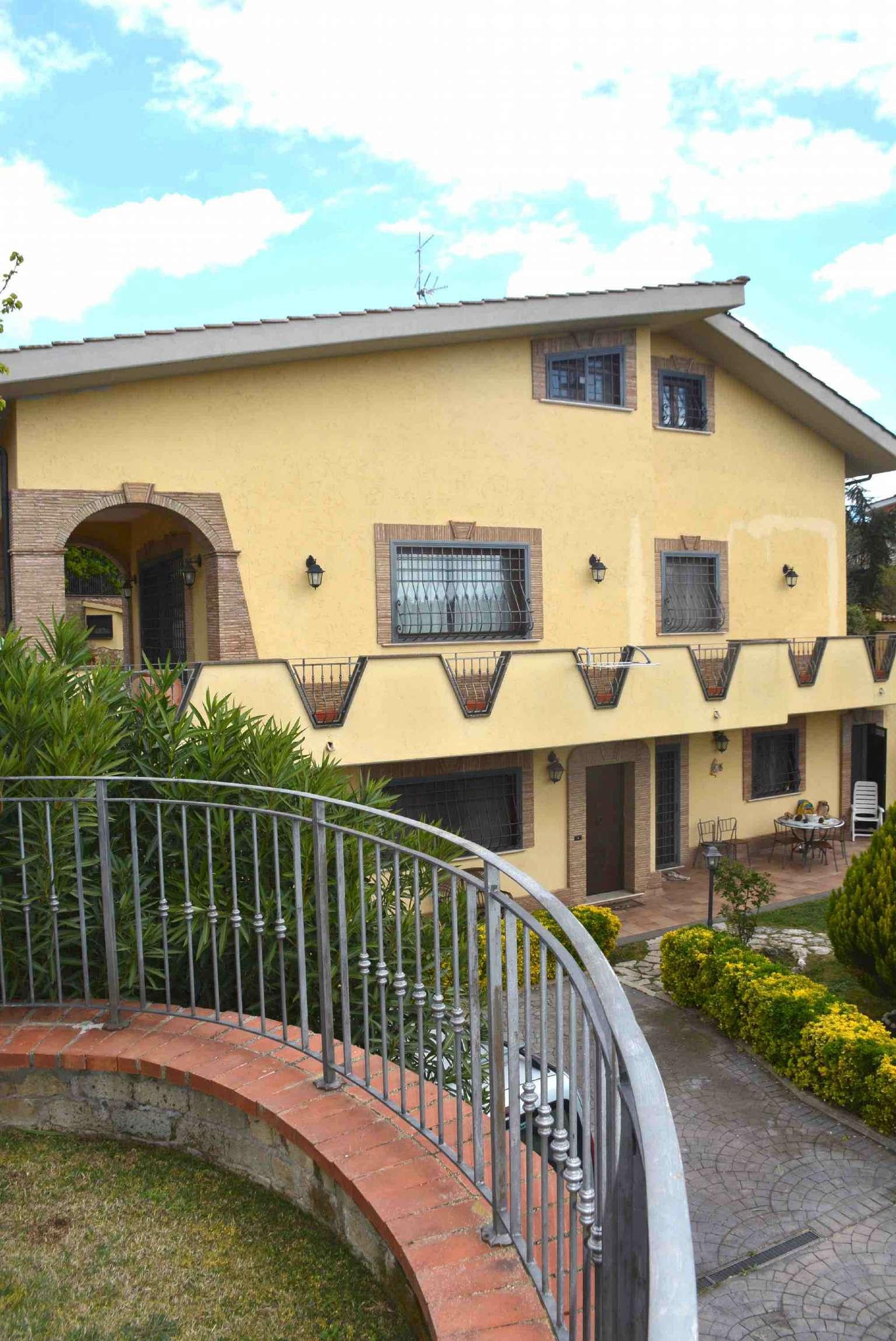 Villa in vendita a Sant'Angelo Romano, 11 locali, prezzo € 789.000 | CambioCasa.it