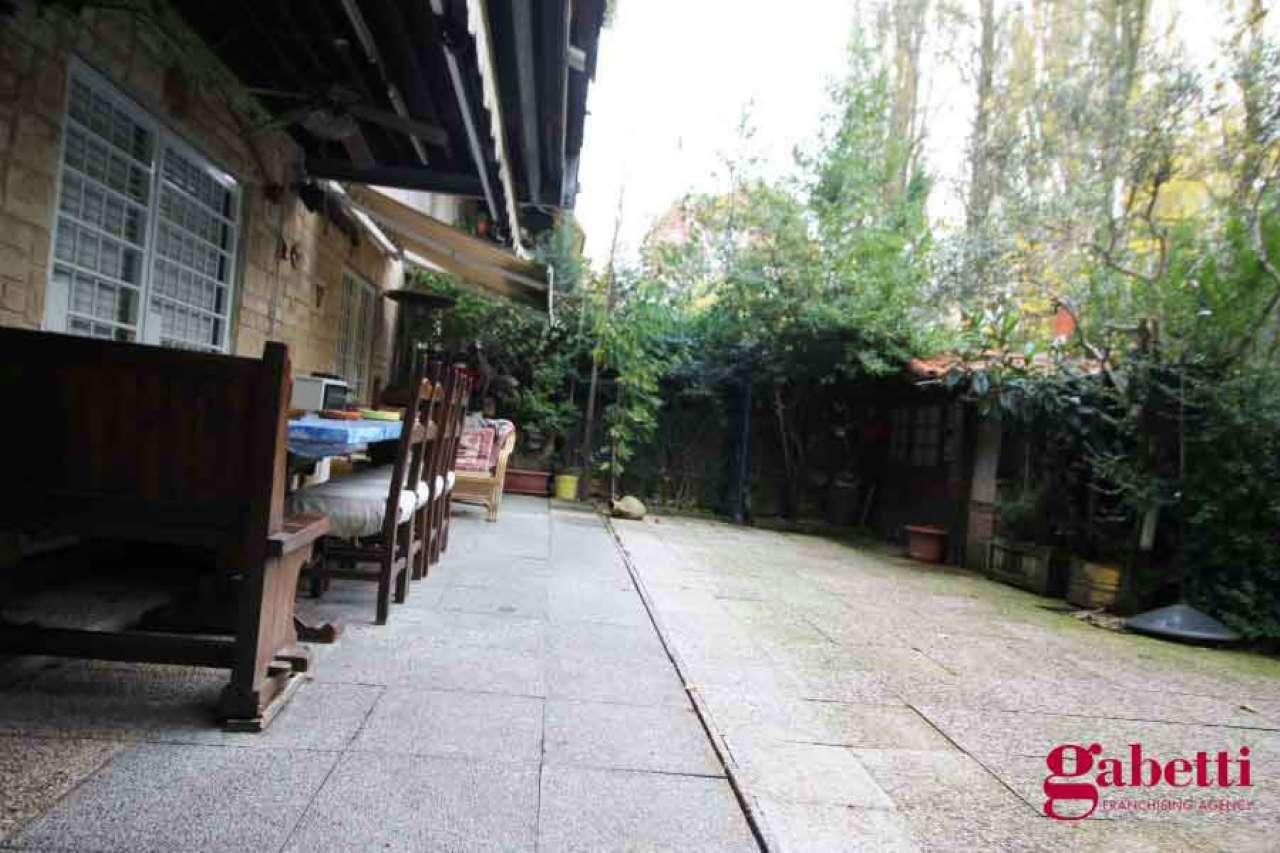 Appartamento in buone condizioni in vendita Rif. 8549990