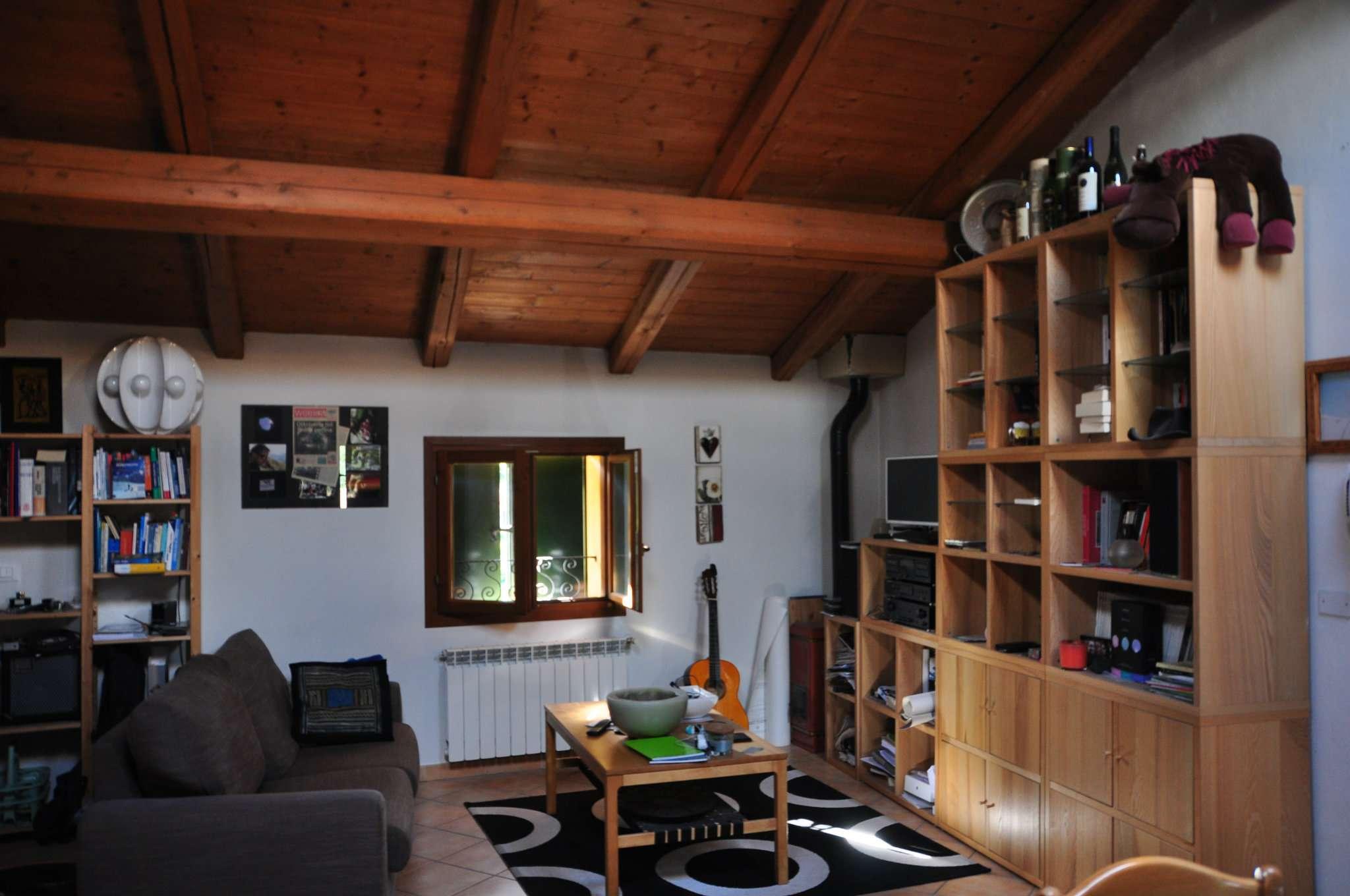 Appartamento ristrutturato arredato in vendita Rif. 5750680