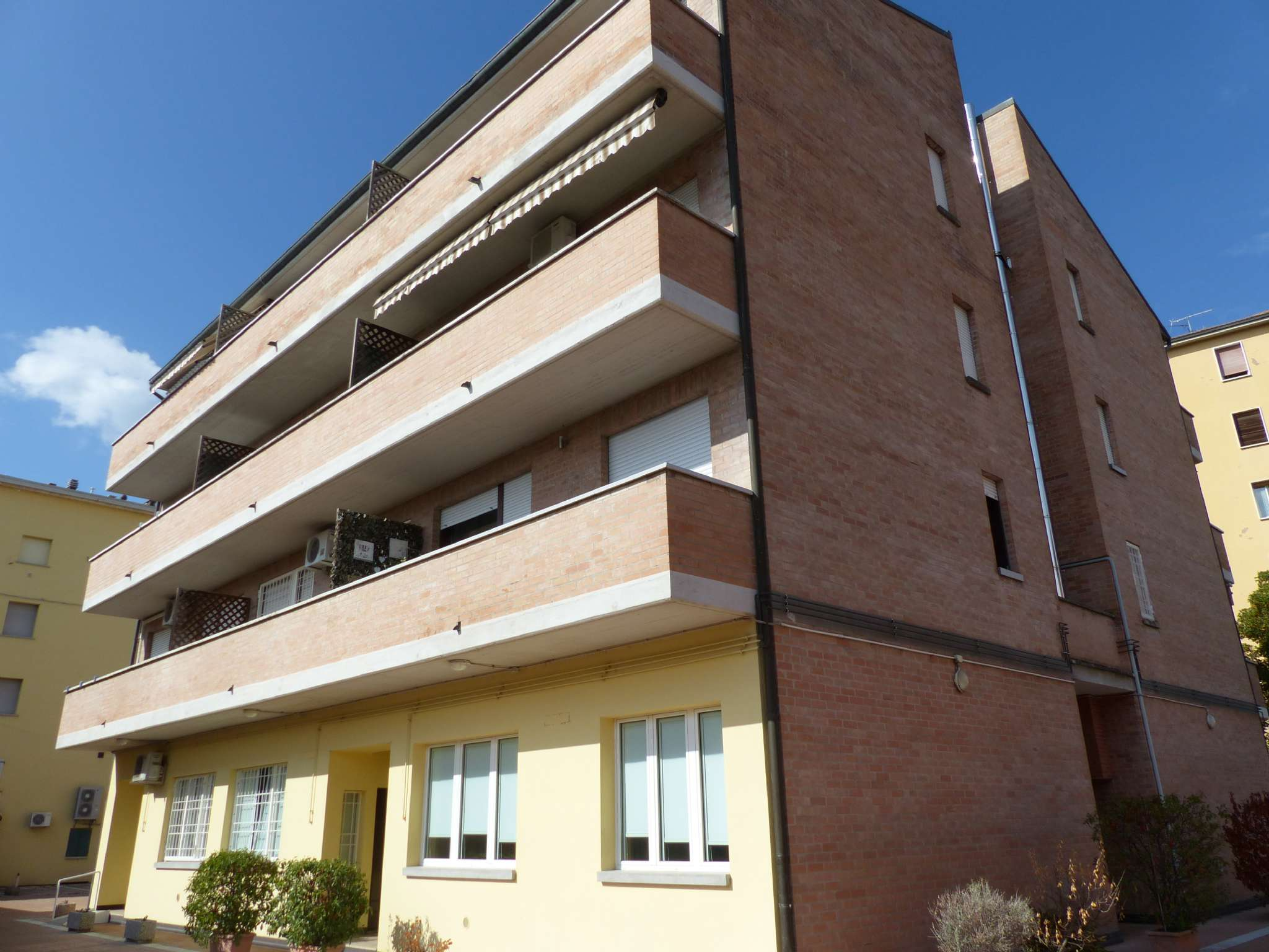 Appartamento in buone condizioni arredato in vendita Rif. 7992680