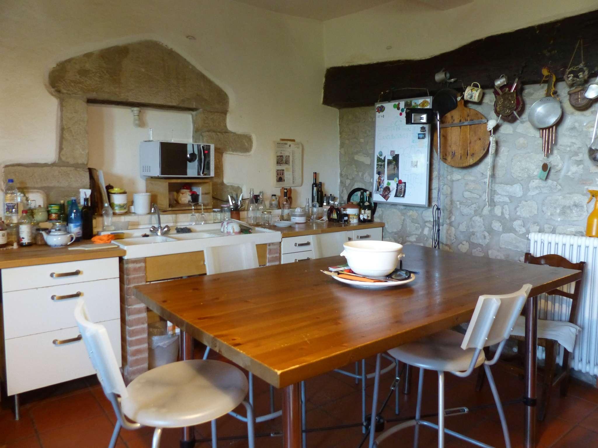 Appartamento in buone condizioni arredato in vendita Rif. 8020270