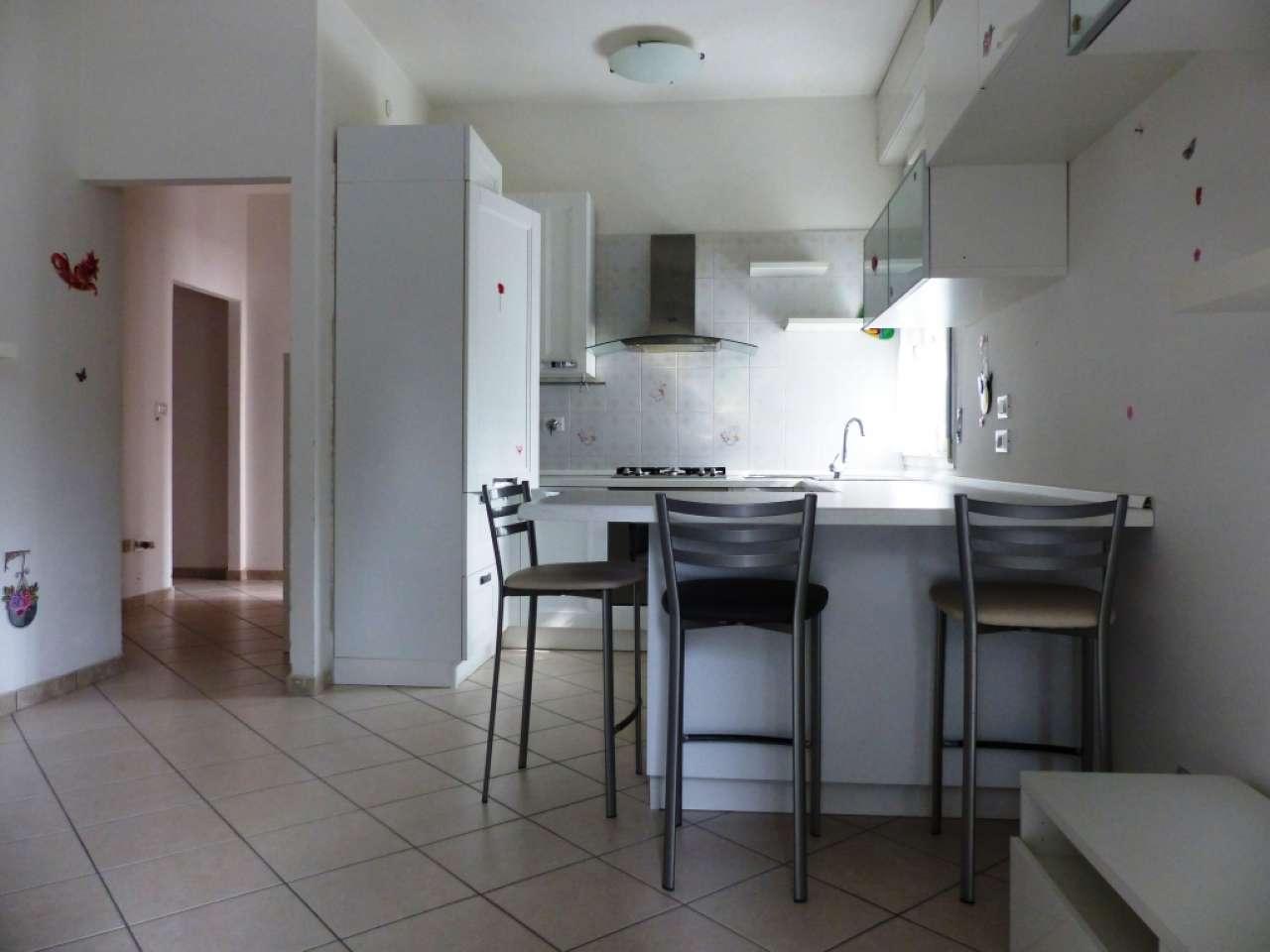 Appartamento ristrutturato arredato in vendita Rif. 8156243