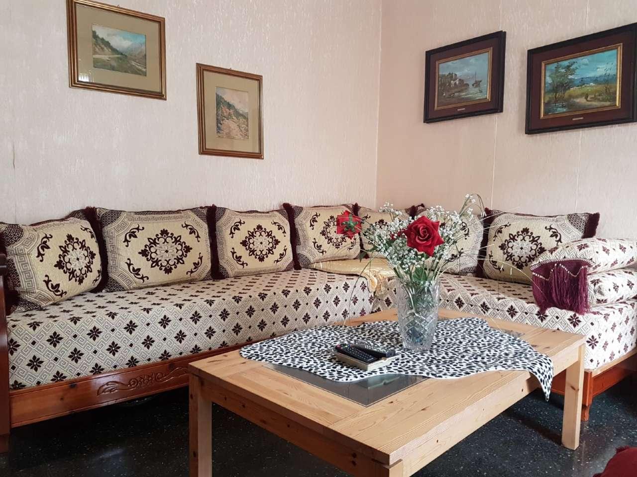 Appartamento in buone condizioni parzialmente arredato in vendita Rif. 8677590