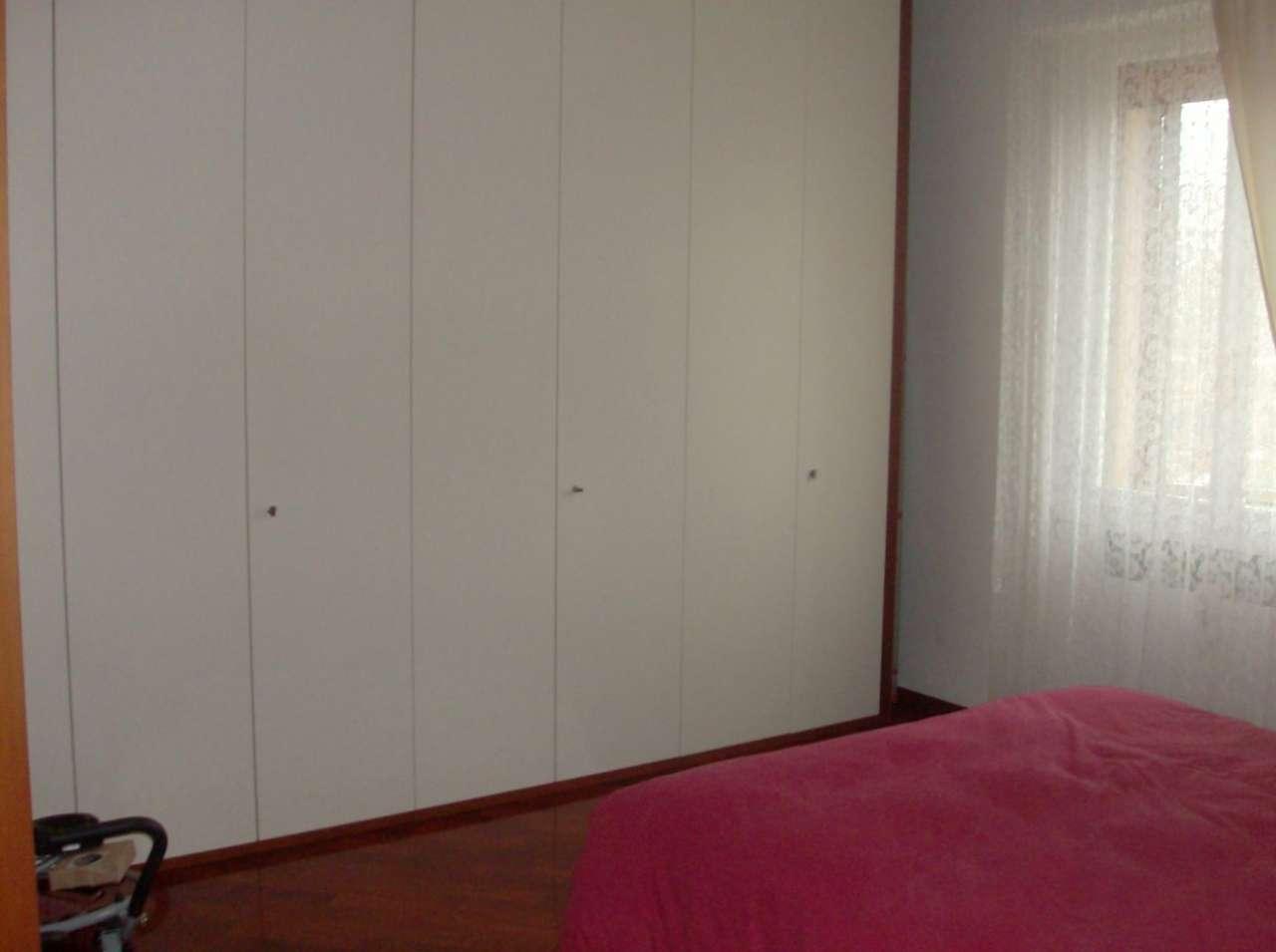 Appartamento in buone condizioni in vendita Rif. 8804651