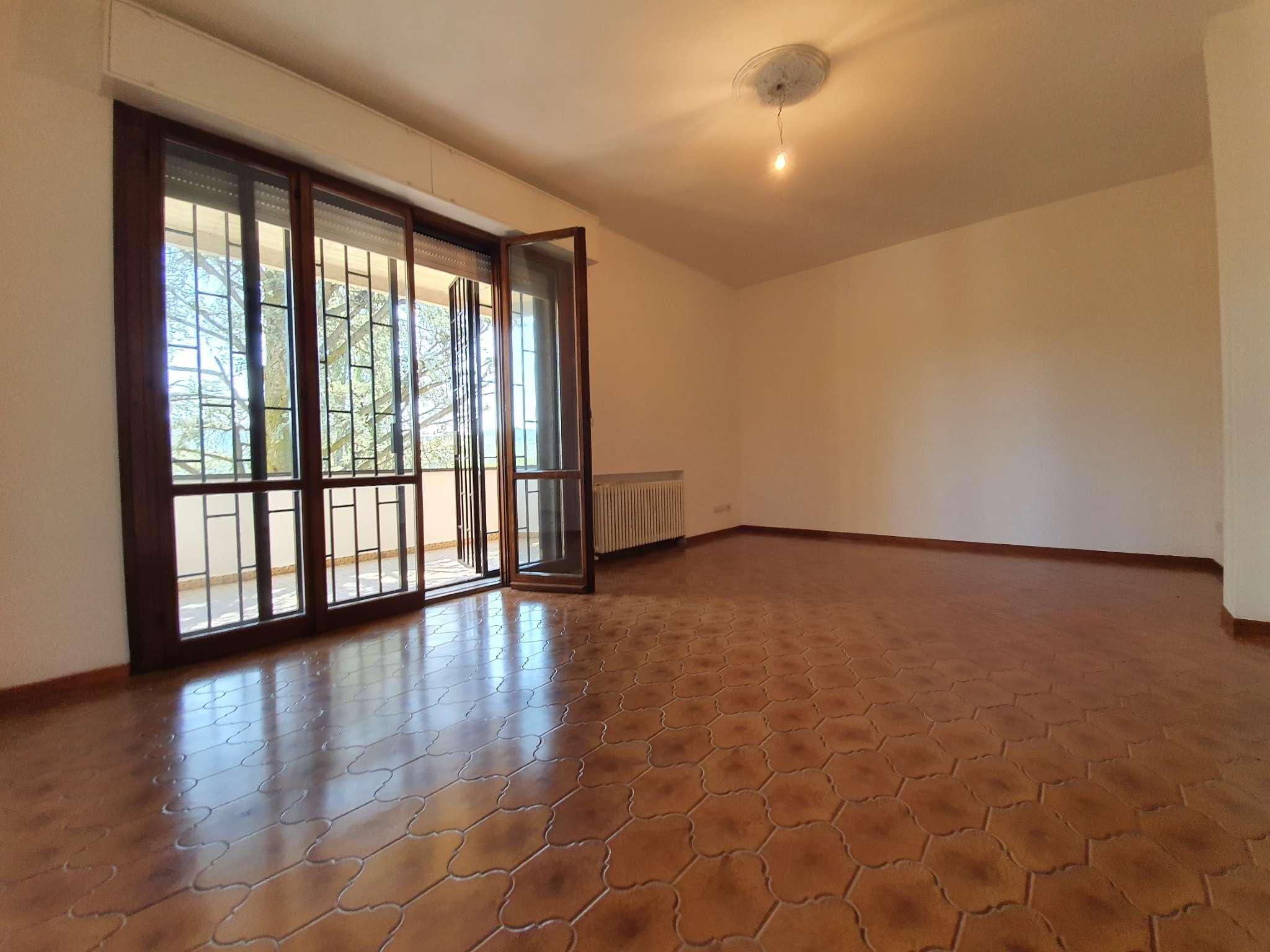 Appartamento in vendita a Sasso Marconi, 6 locali, prezzo € 295.000 | PortaleAgenzieImmobiliari.it