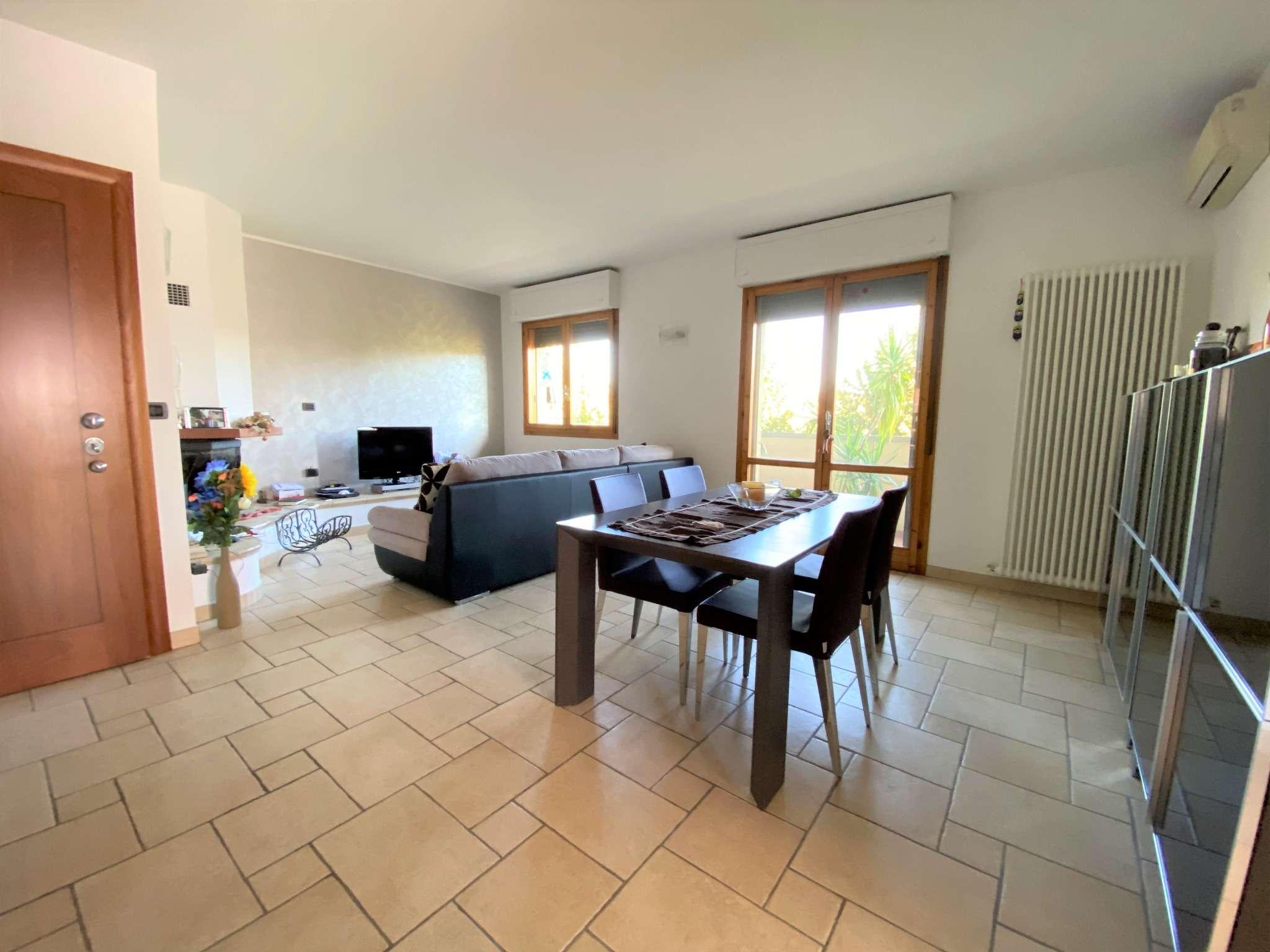 Appartamento in vendita a Sasso Marconi, 4 locali, prezzo € 225.000 | PortaleAgenzieImmobiliari.it