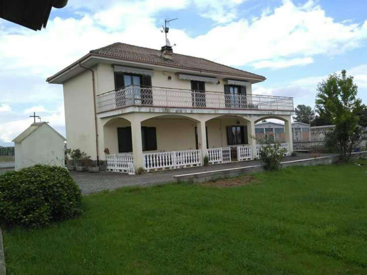Appartamento in vendita a Vauda Canavese, 6 locali, prezzo € 360.000 | CambioCasa.it