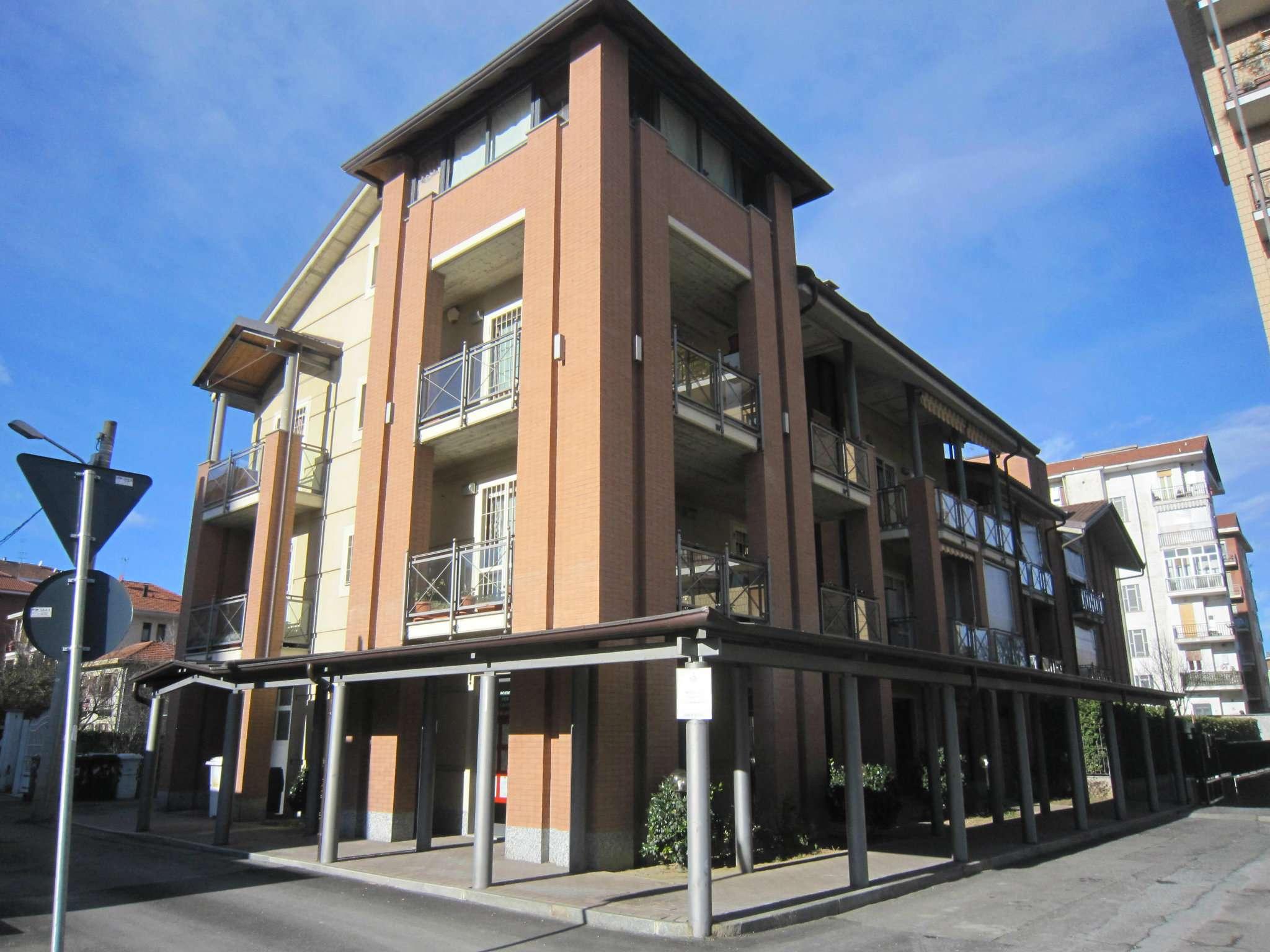 Appartamento in ottime condizioni in affitto Rif. 8408087