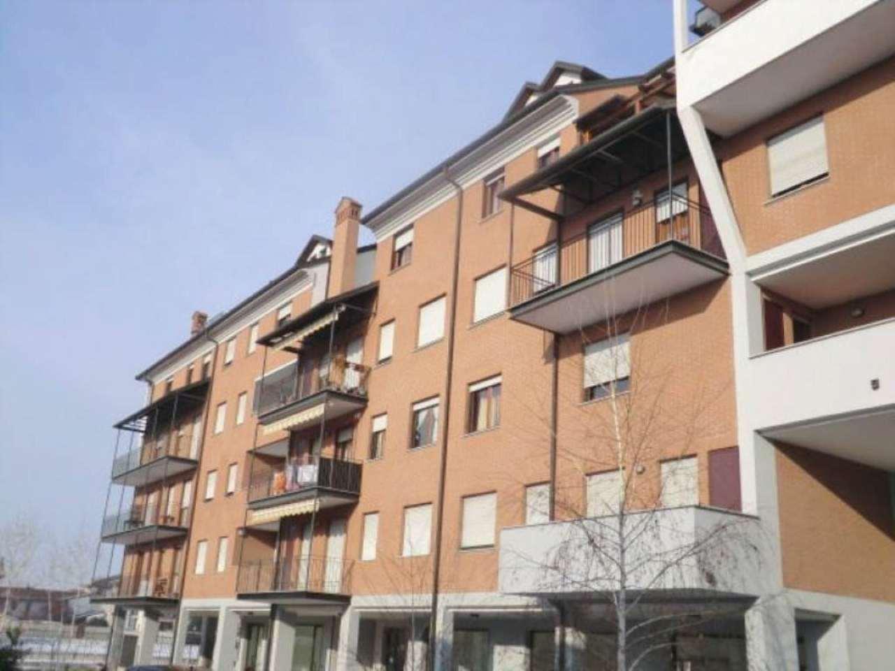 Appartamento in vendita a Trecate, 5 locali, prezzo € 110.000 | CambioCasa.it