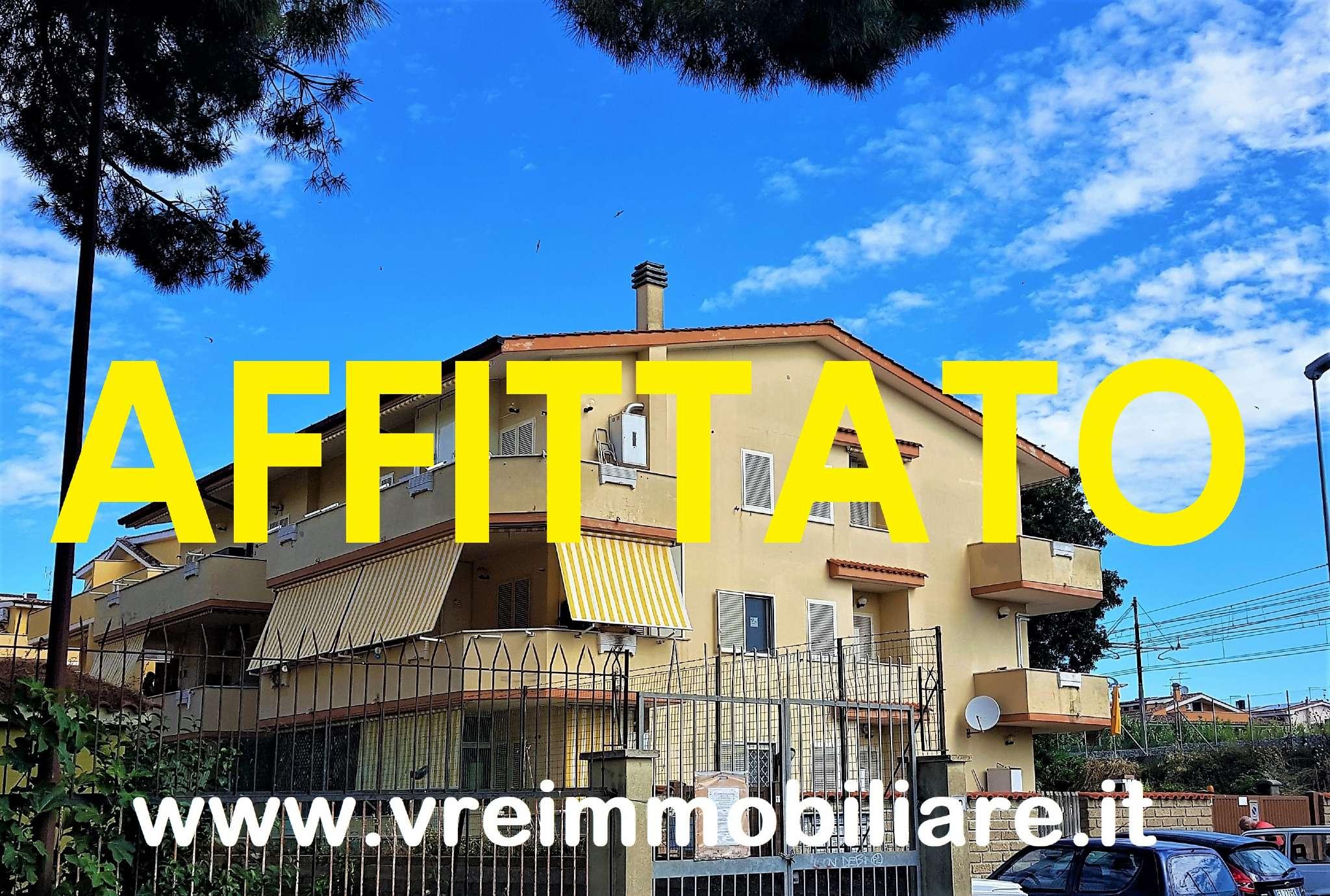 Appartamento in ottime condizioni parzialmente arredato in affitto Rif. 7123396