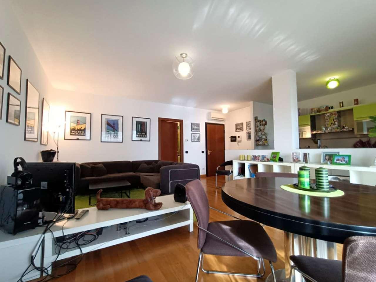 Appartamento in vendita a Magenta, 3 locali, prezzo € 290.000   CambioCasa.it