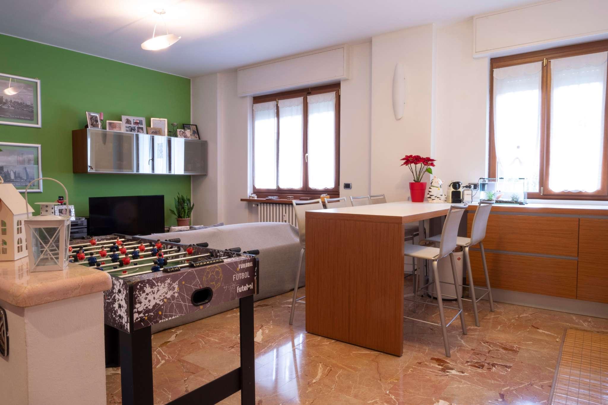 Appartamento in vendita a Sesto San Giovanni, 3 locali, prezzo € 245.000   CambioCasa.it