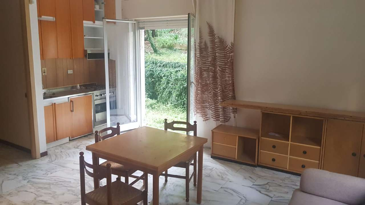 Appartamento in discrete condizioni in vendita