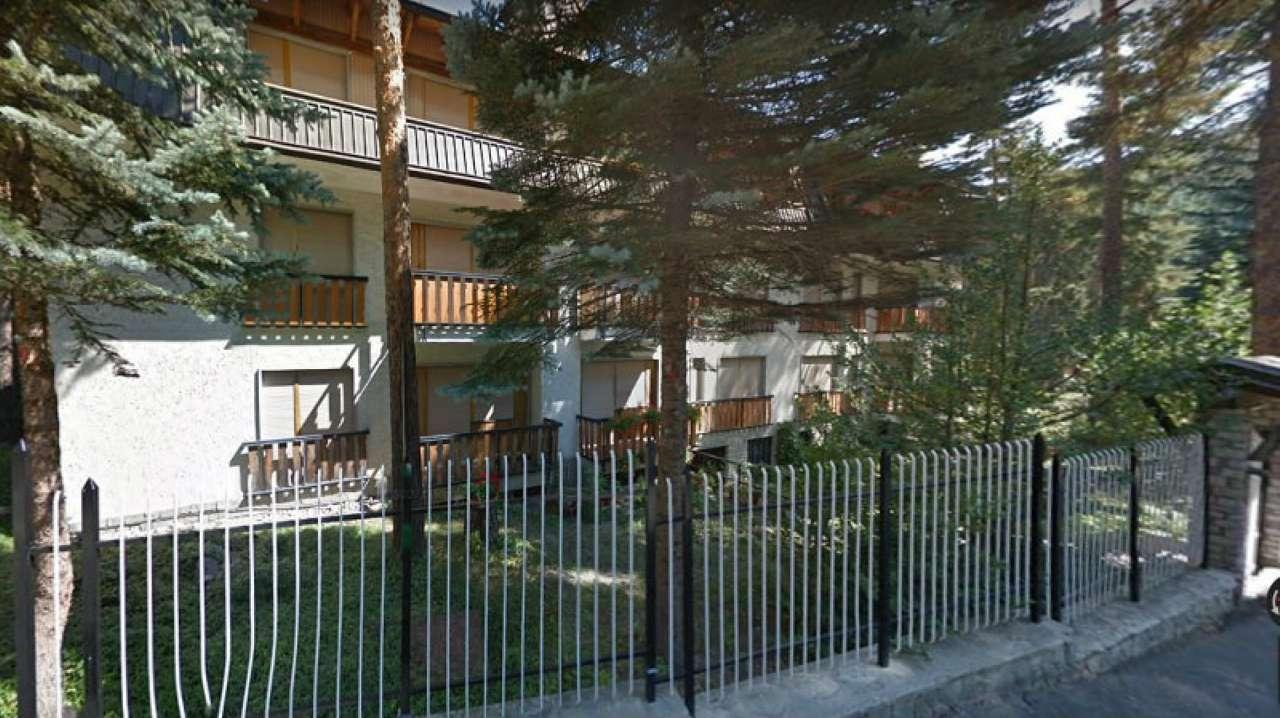 BARDONECCHIA Via Marco polo   Bilocale in  affitto mese di luglio con giardino privato