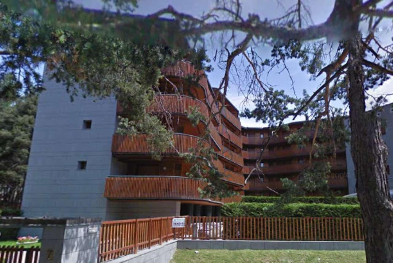 Appartamento in buone condizioni arredato in affitto Rif. 7900450