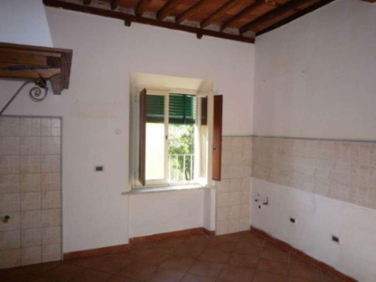 Appartamento in buone condizioni in affitto Rif. 4934954