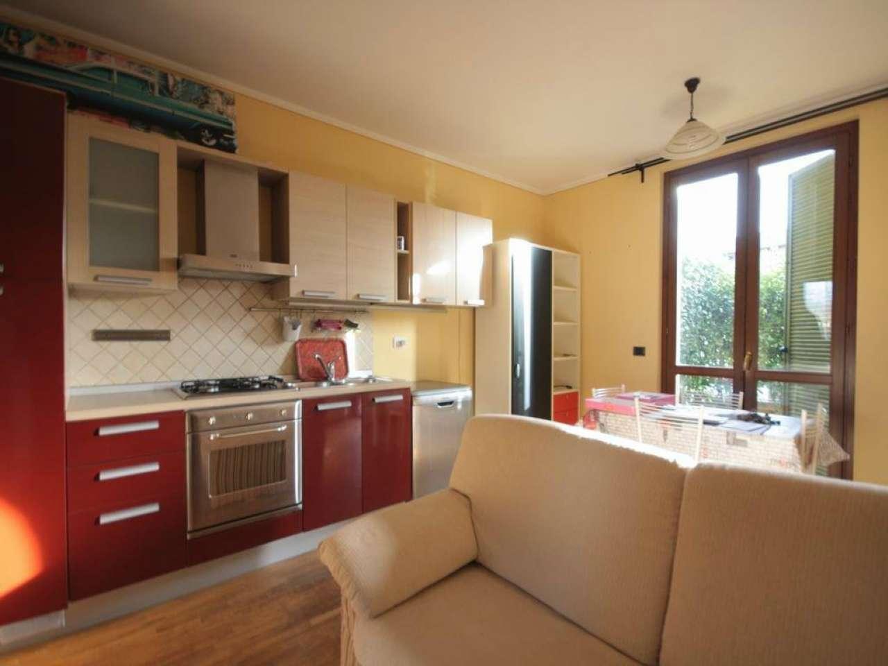 Appartamento in ottime condizioni arredato in affitto Rif. 9347698