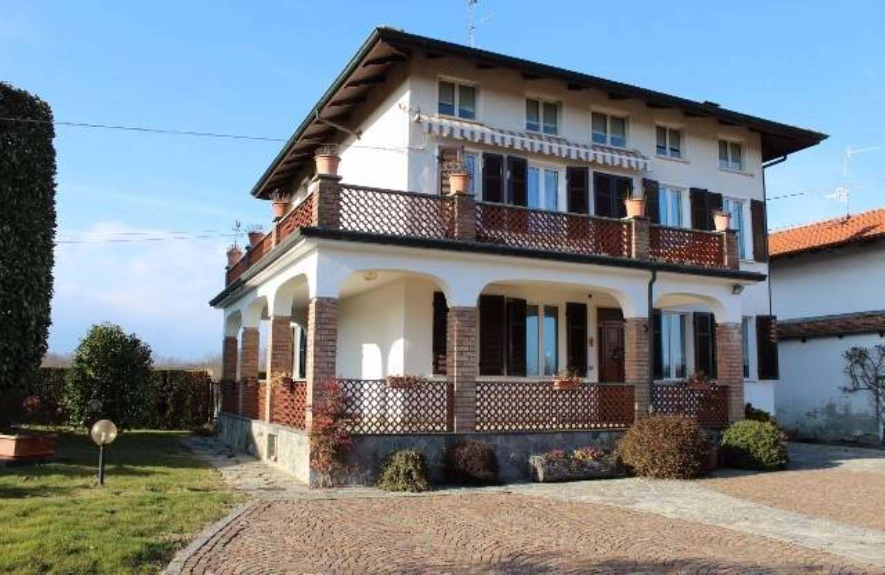 Casa Indipendente in buone condizioni parzialmente arredato in vendita Rif. 4935087