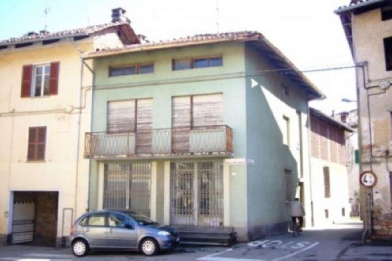 Casa Indipendente in buone condizioni in vendita Rif. 4935077
