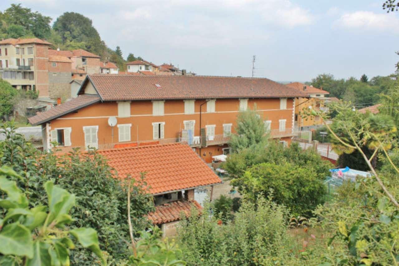 Casa Indipendente in buone condizioni in vendita Rif. 4935141