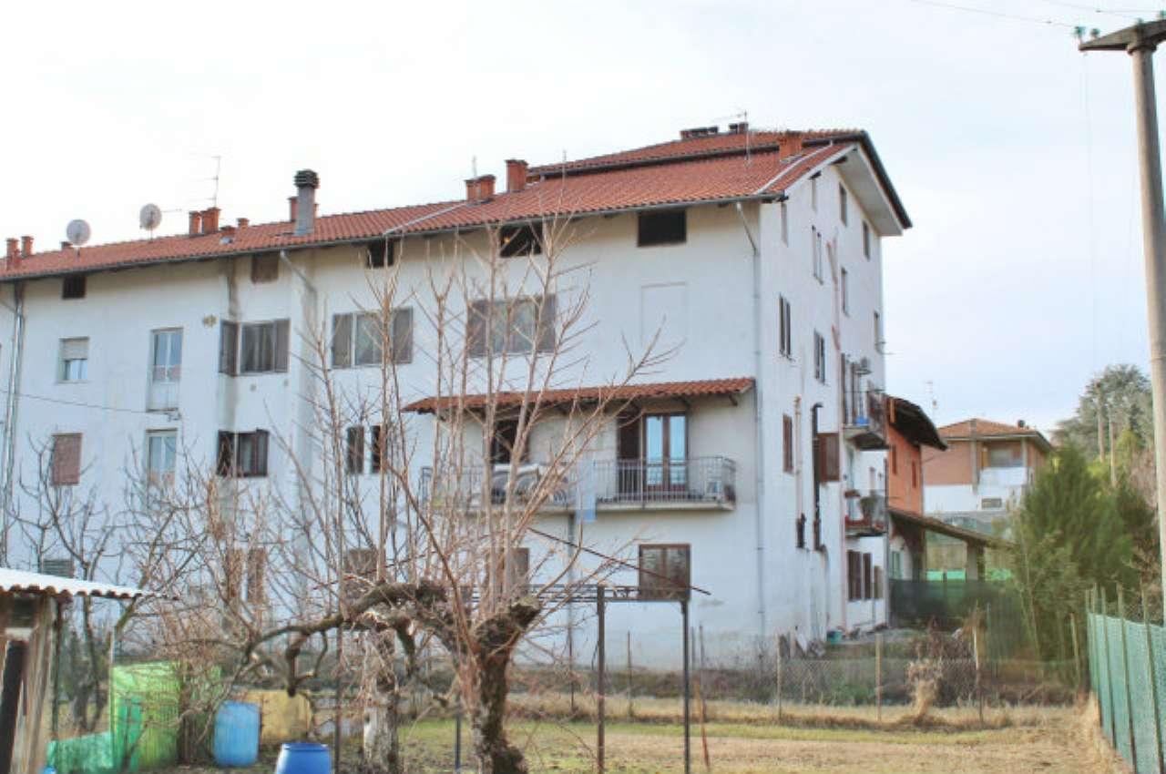Appartamento in discrete condizioni in vendita Rif. 4935168