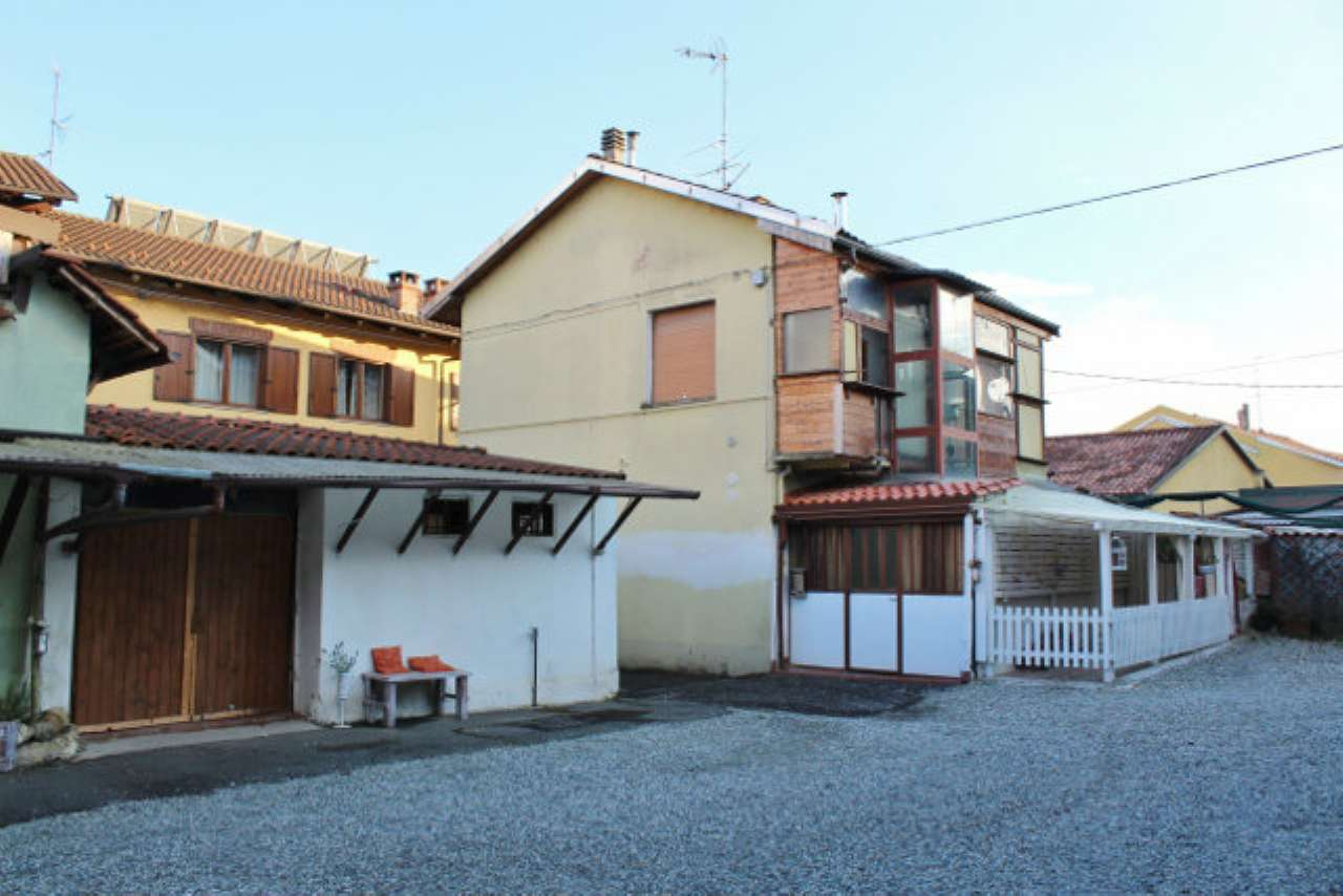 Porzione di casa da ristrutturare in vendita Rif. 7968094