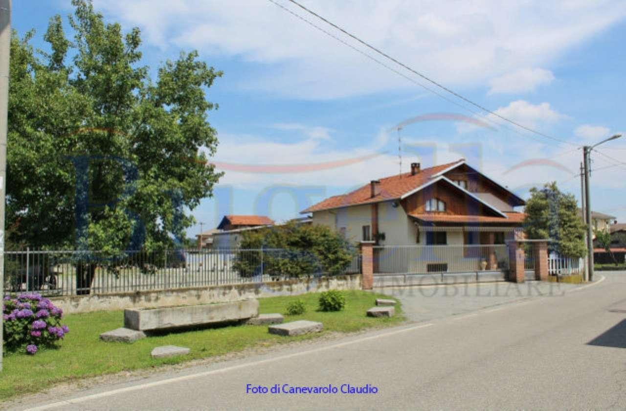 Casa Indipendente in buone condizioni in vendita Rif. 7031176