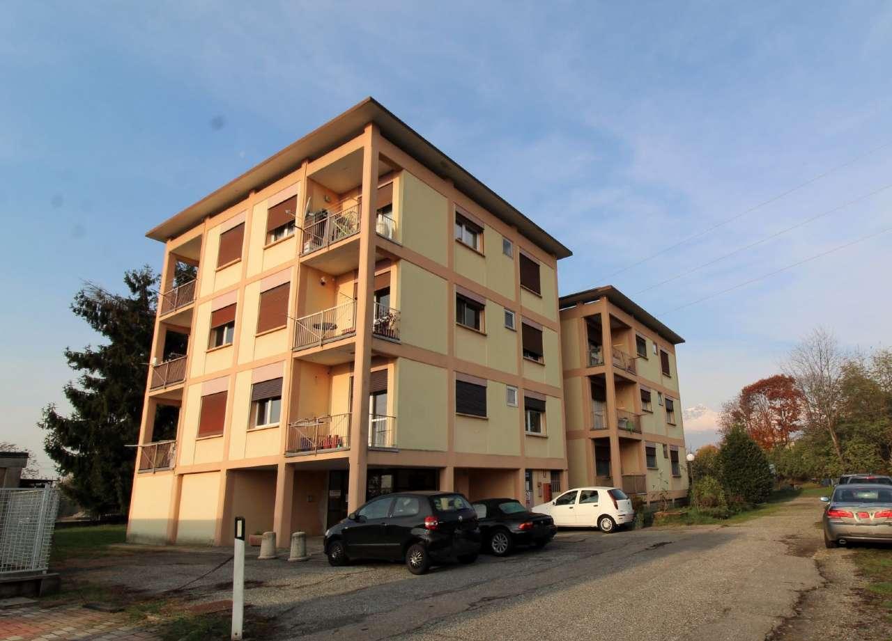 Appartamento in vendita a Biella, 3 locali, prezzo € 23.000   CambioCasa.it