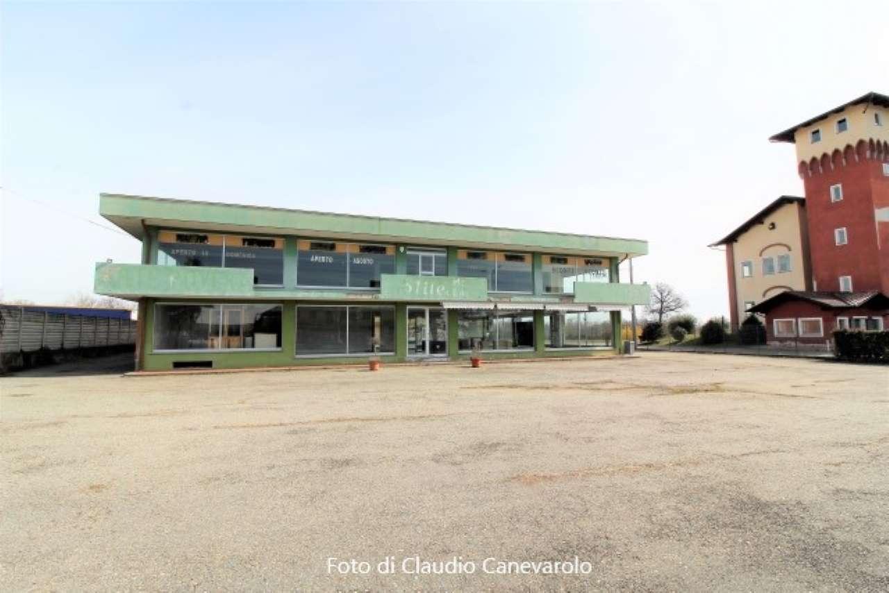 Capannone in vendita a Sandigliano, 5 locali, prezzo € 400.000   CambioCasa.it