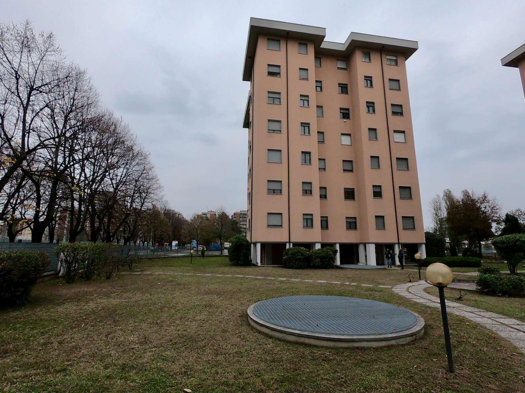 Appartamento in buone condizioni in vendita Rif. 8760292
