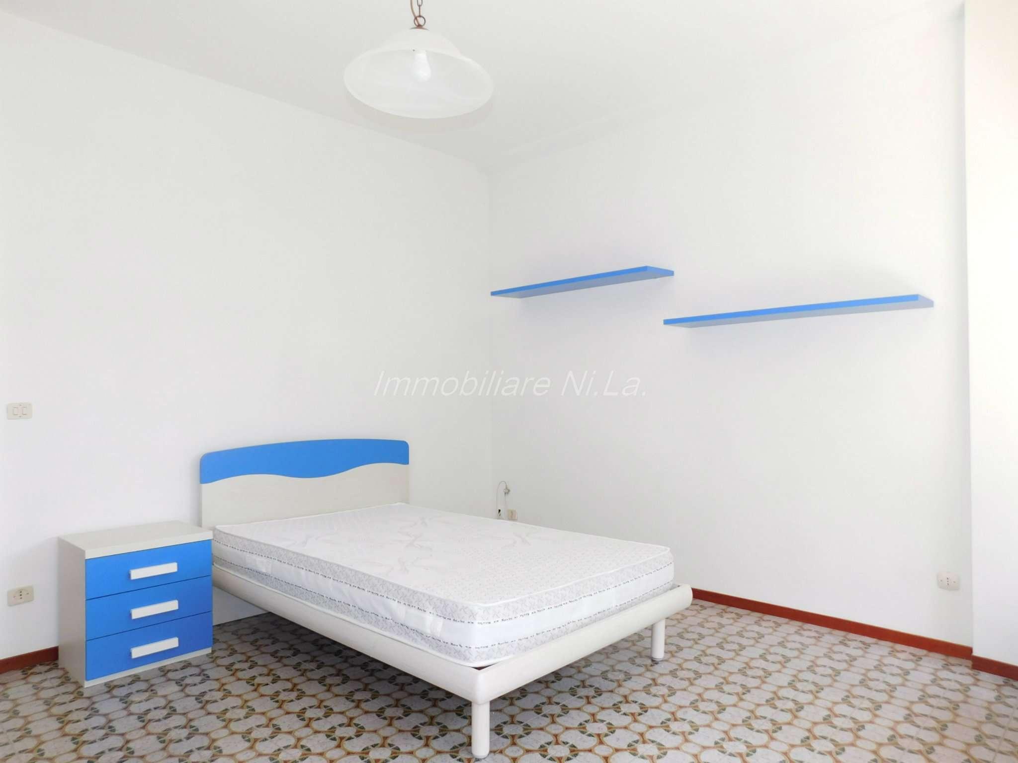 Appartamento in buone condizioni arredato in affitto Rif. 7603026