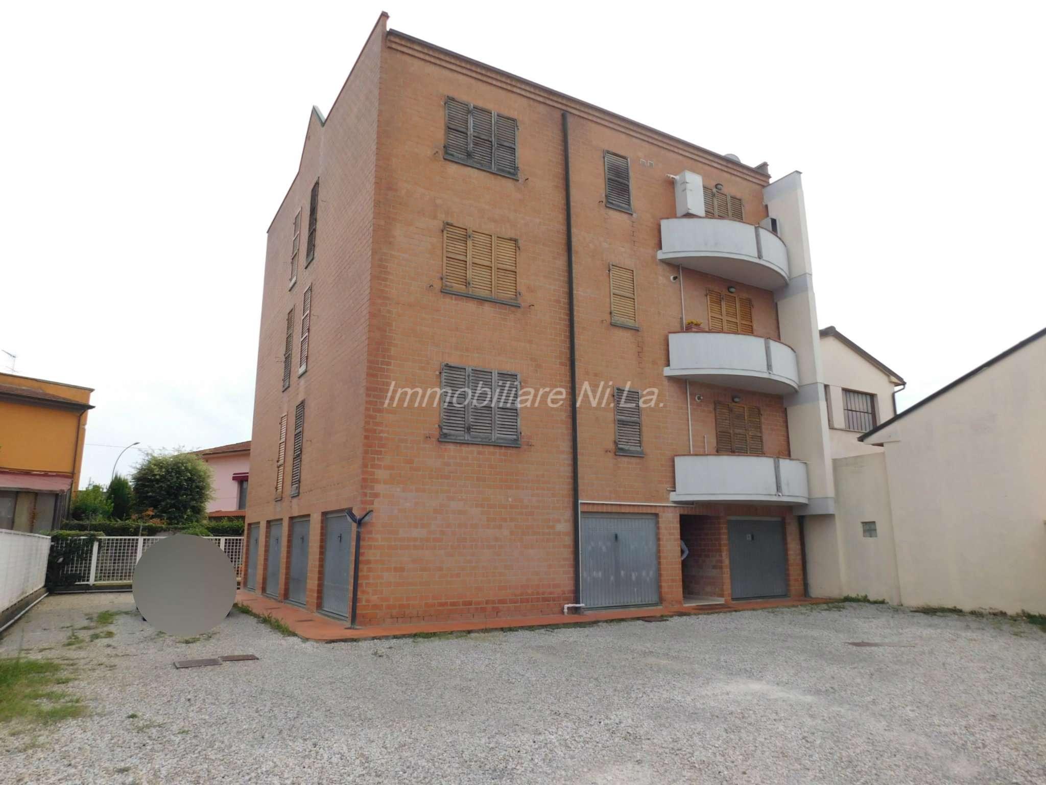 Appartamento in buone condizioni in vendita Rif. 7873054