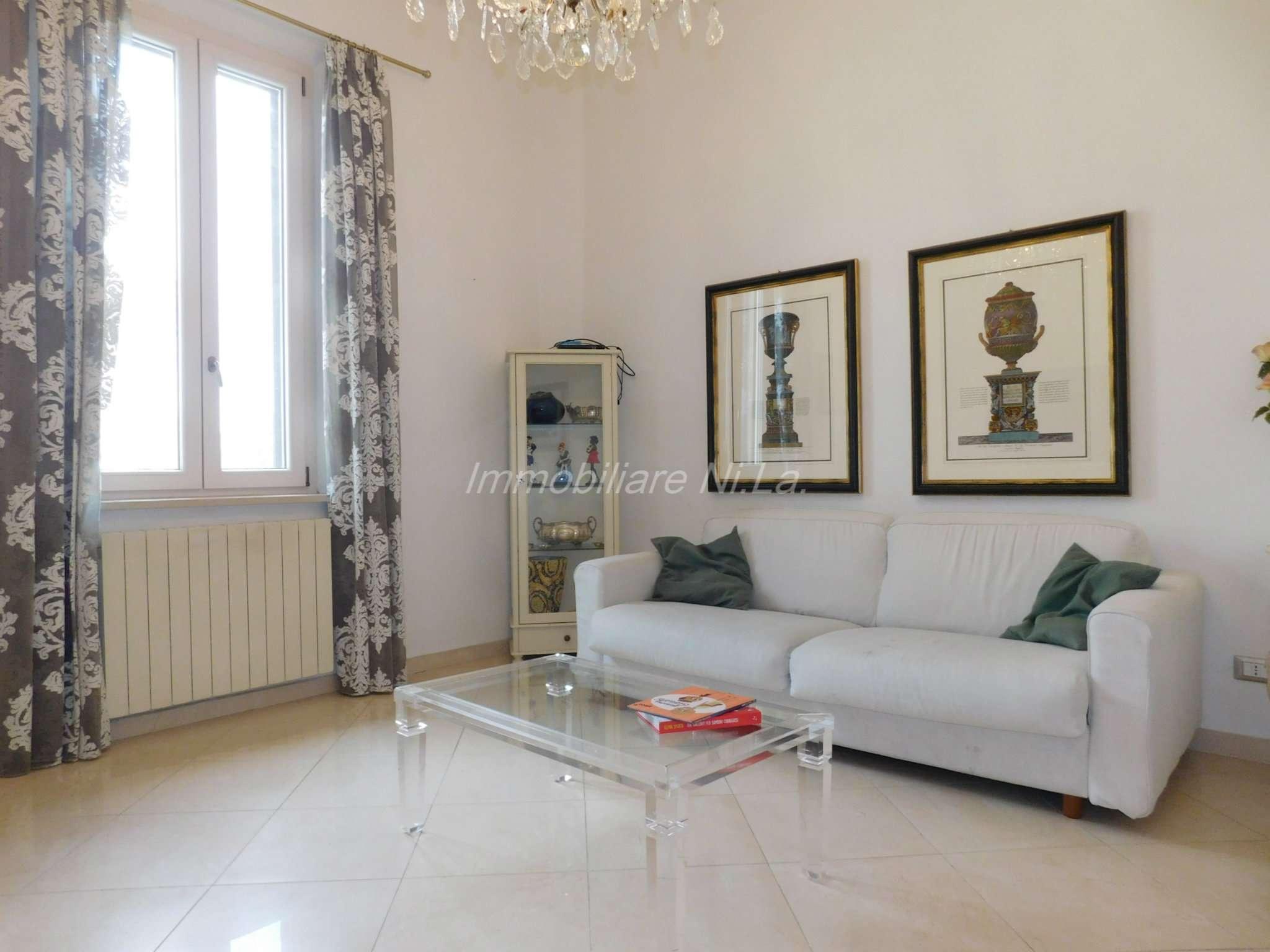 Appartamento ristrutturato in vendita Rif. 8400057