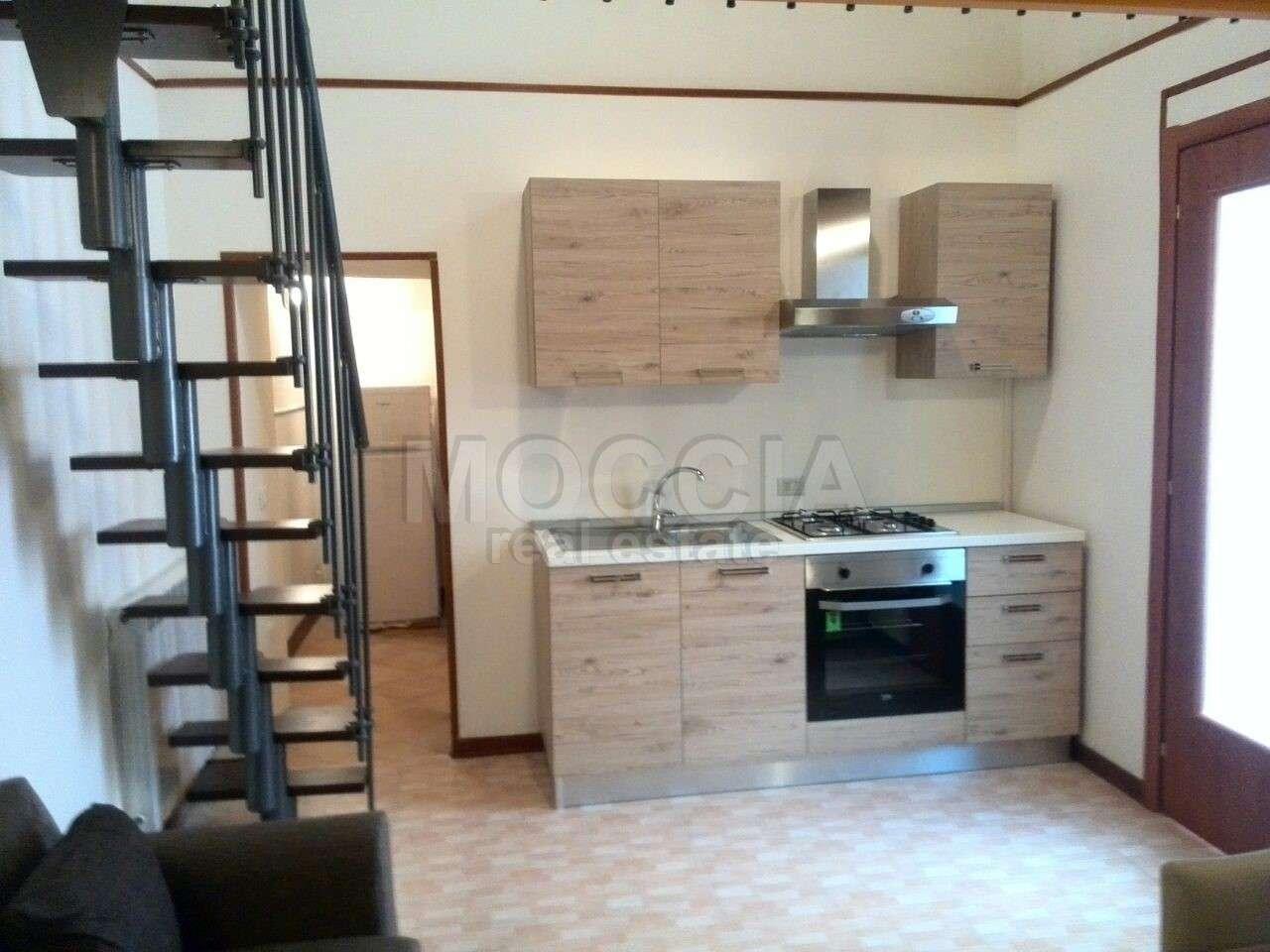 Appartamenti monolocali in affitto a caserta for Affitto caserta arredato