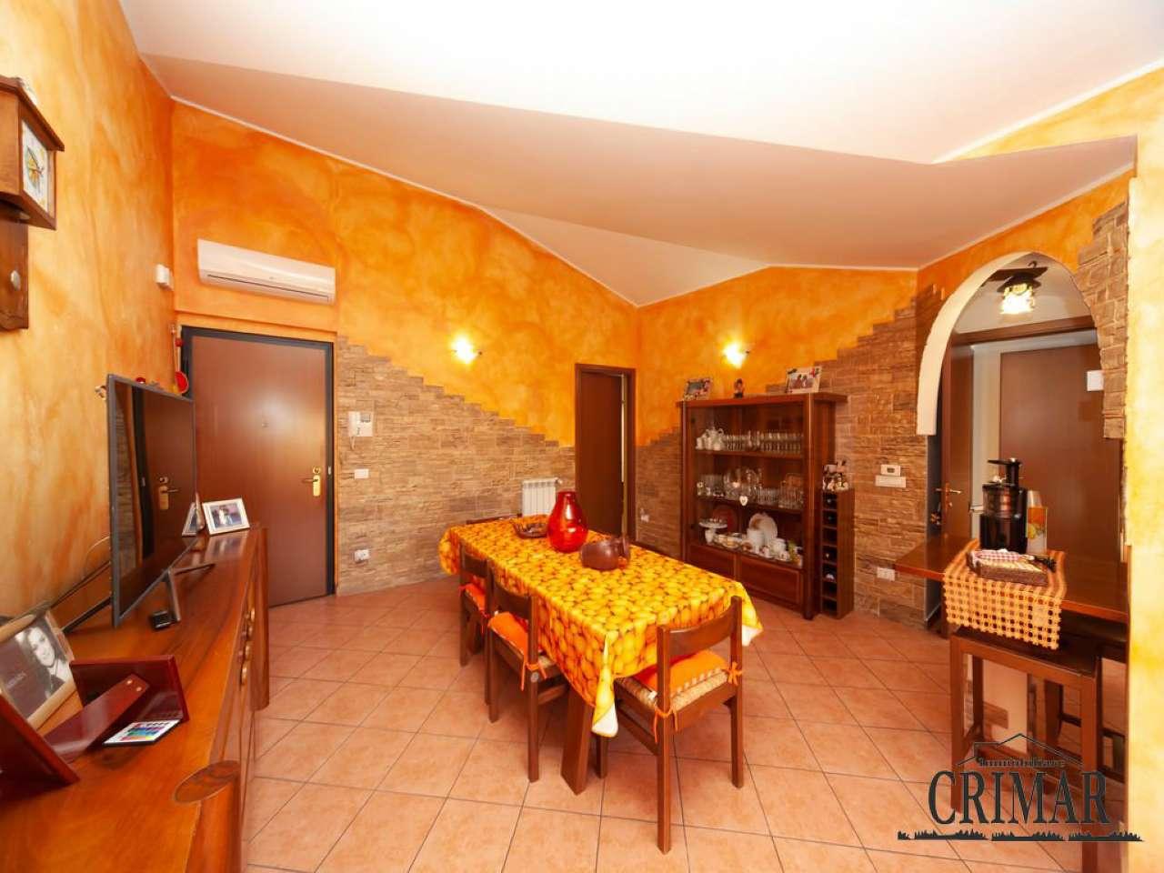 Appartamento in vendita a Muggiò, 4 locali, prezzo € 298.000 | PortaleAgenzieImmobiliari.it